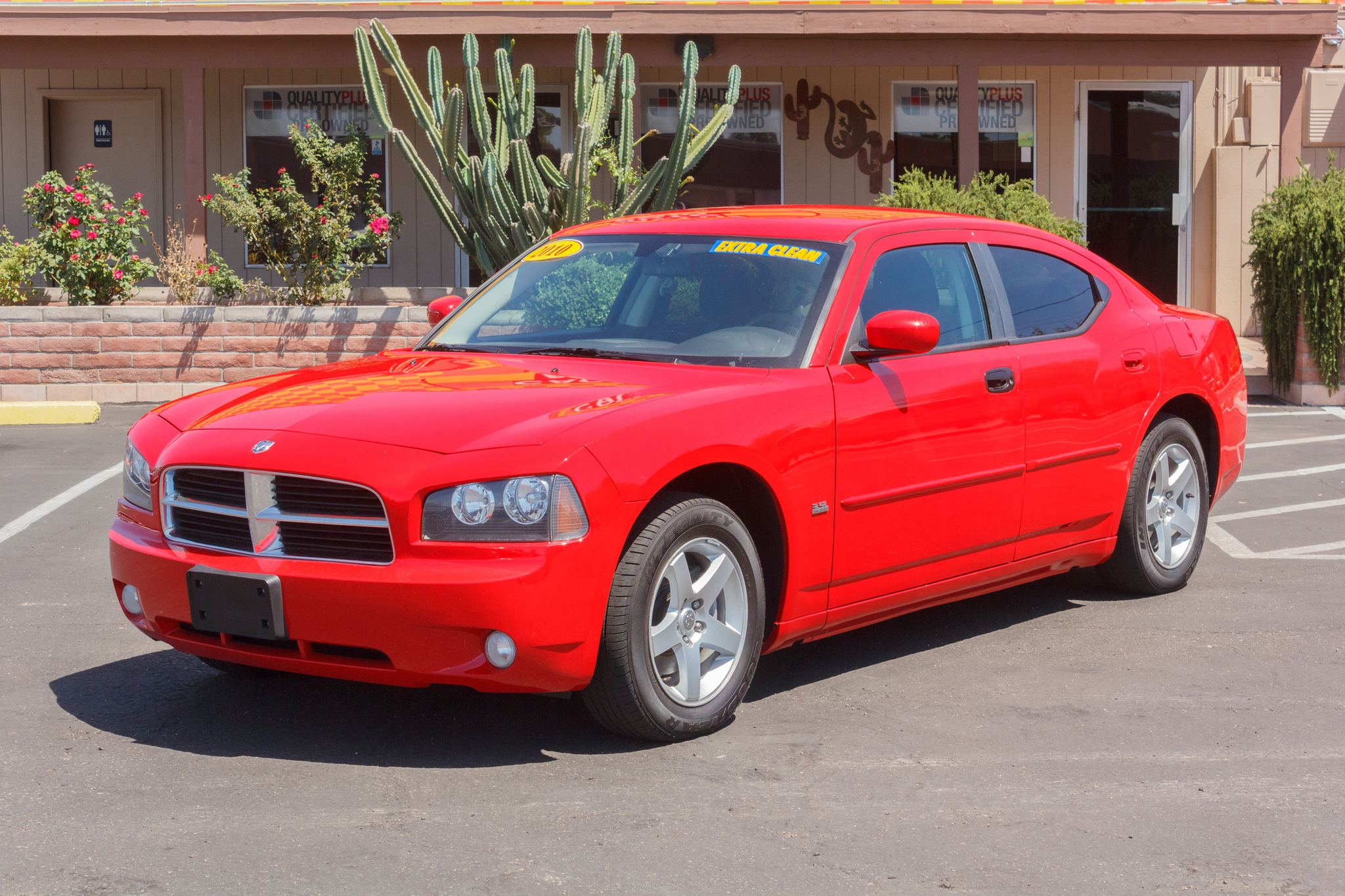 Photo of 2010 Dodge Charger 4d Sedan SXT Torred