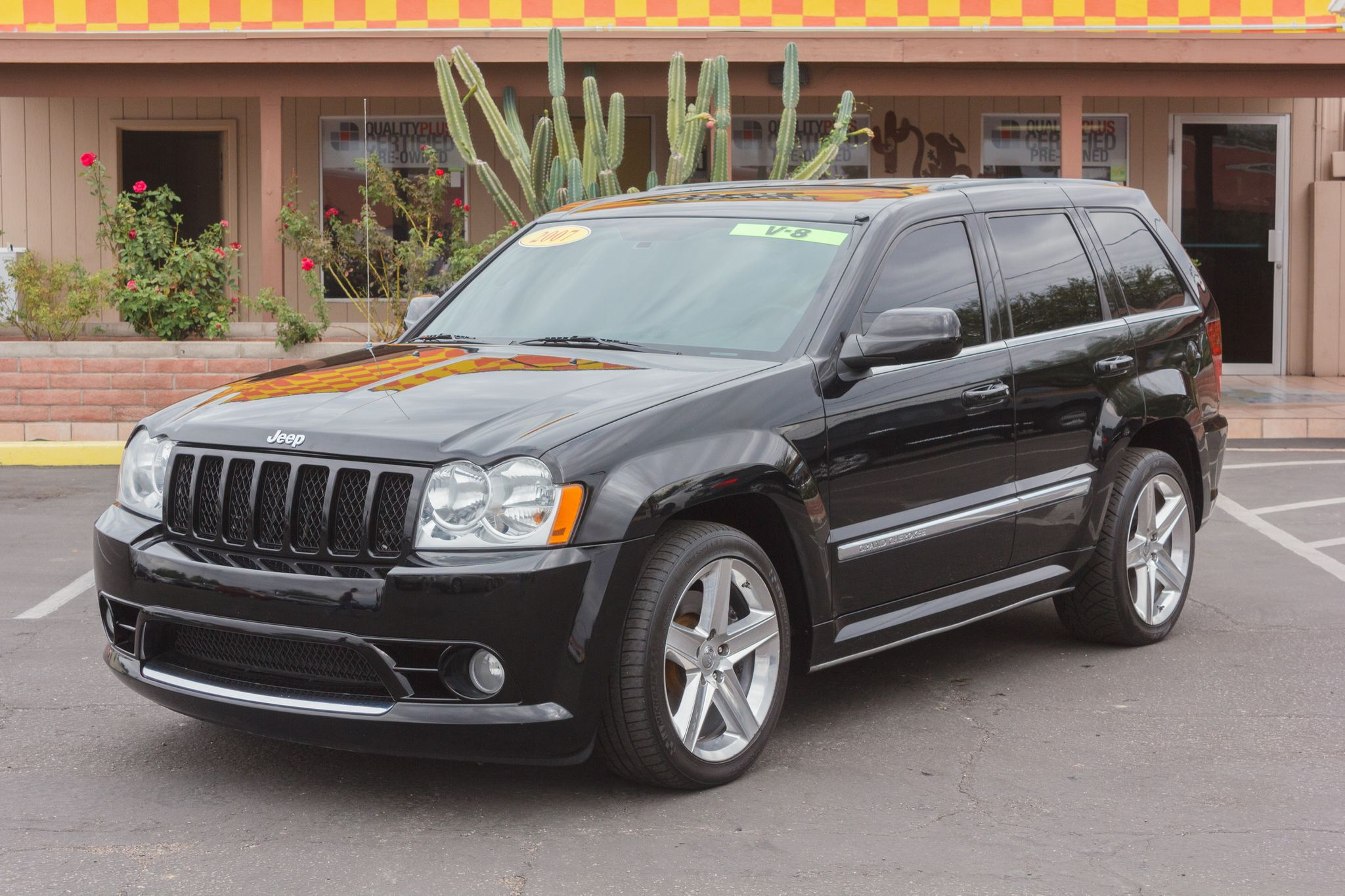 Photo of 2007 Jeep Grand Cherokee 4WD 4d Wagon SRT-8 Black Clearcoat