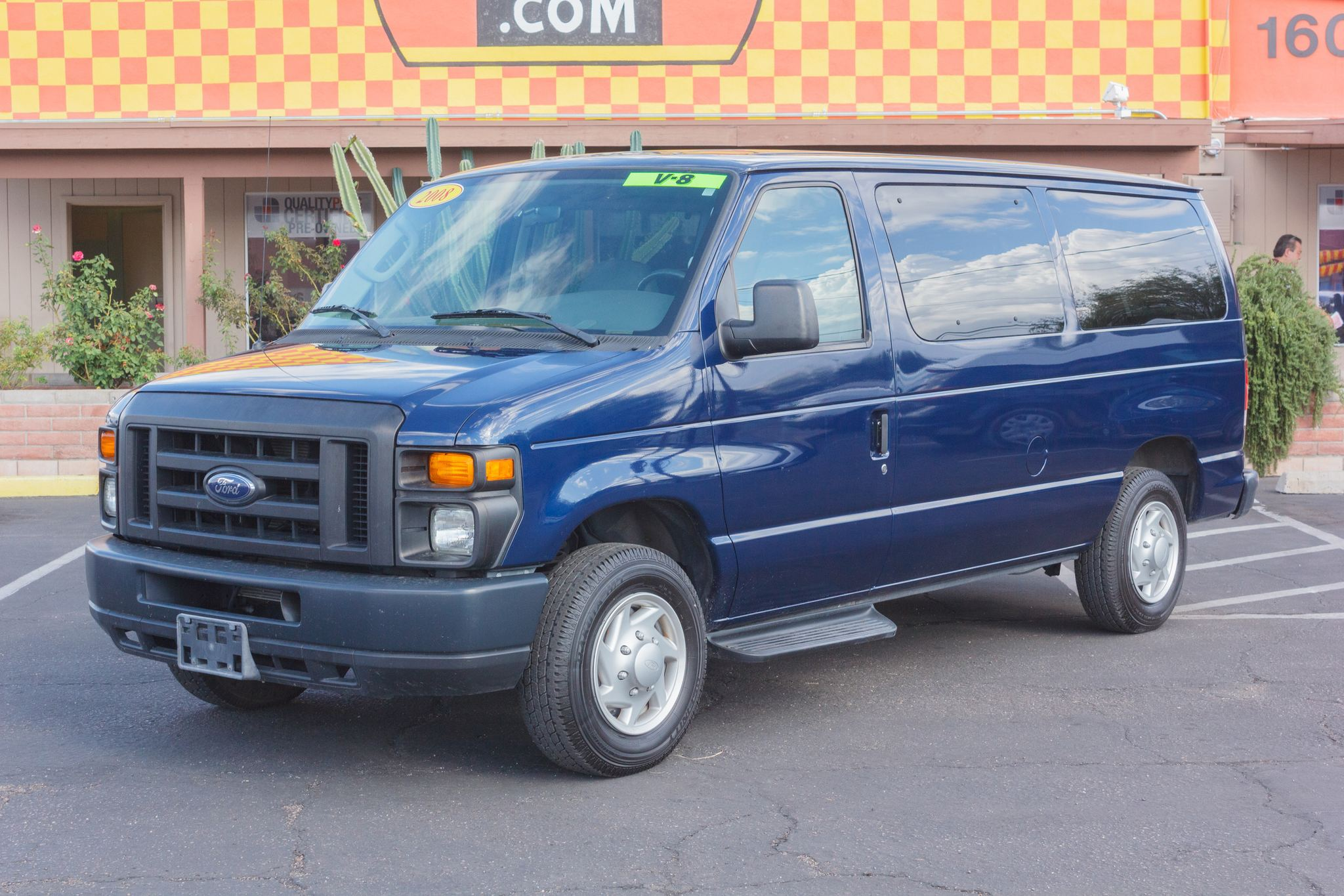 Photo of 2008 Ford Econoline Wagon E150 Wagon XL Dark Blue Pearl Clearcoat Metallic