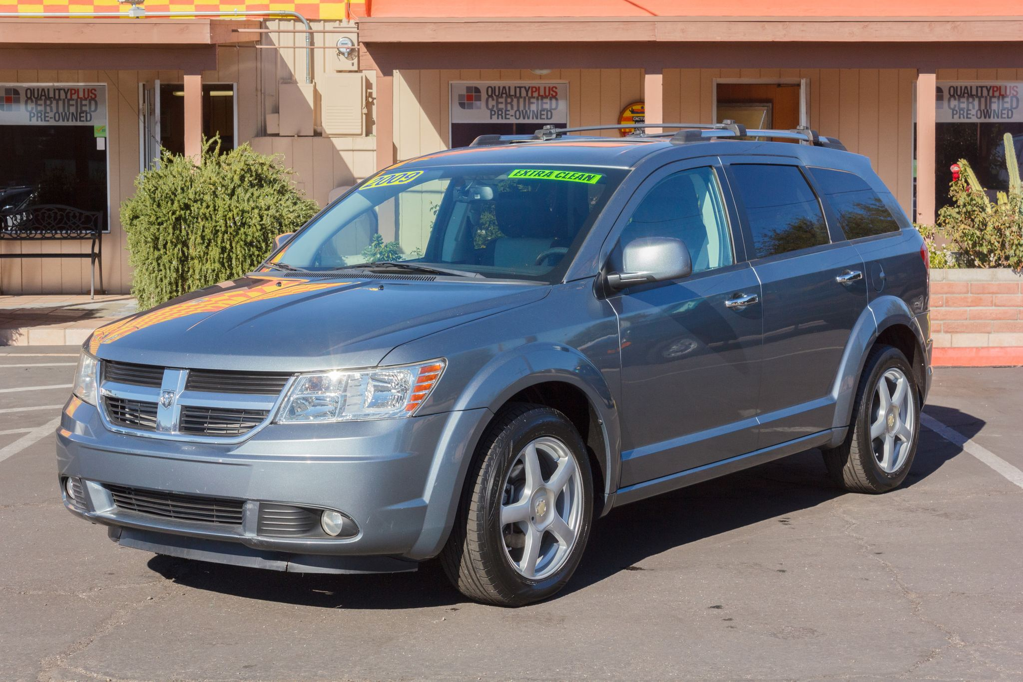 Photo of 2009 Dodge Journey AWD 4d Wagon R/T Gray