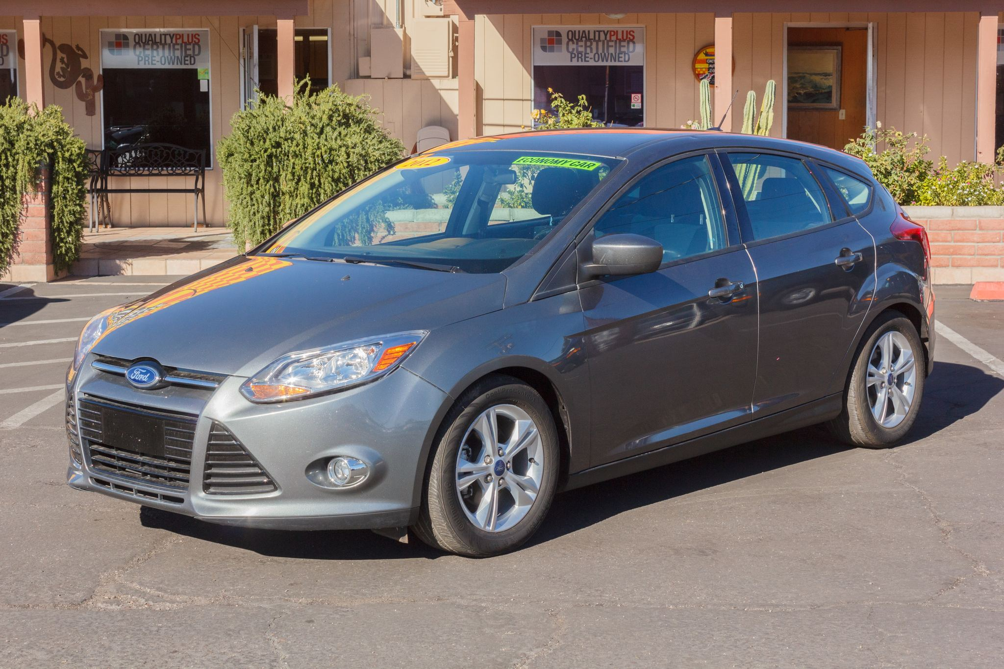 Photo of 2012 Ford Focus 5d Hatchback SE Sterling Gray Metallic