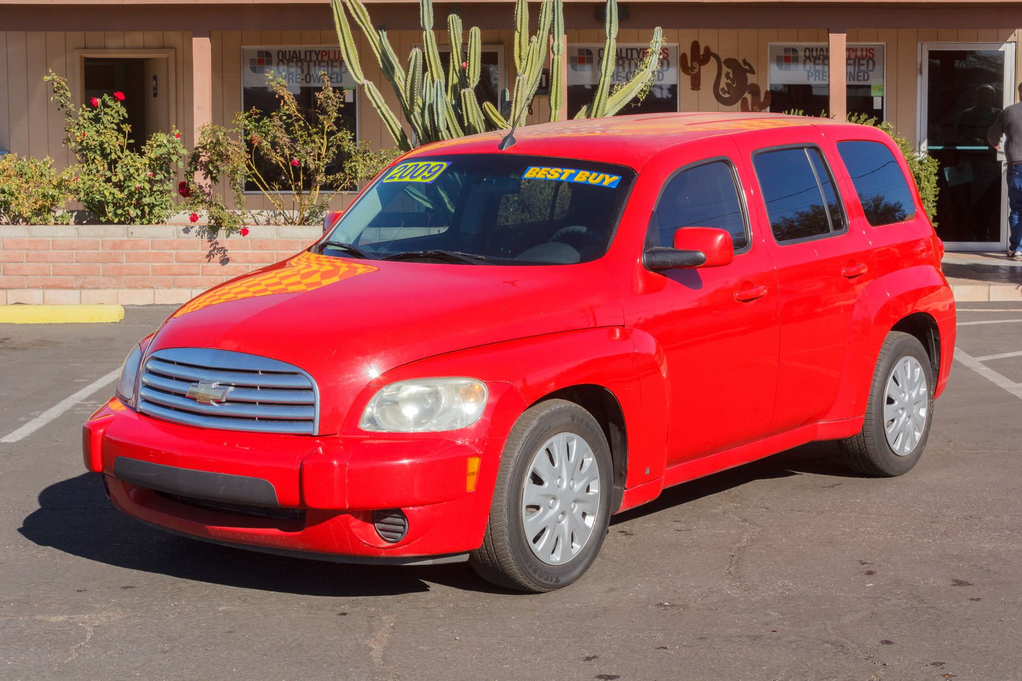 Photo of 2009 Chevrolet HHR 4d Wagon LT Victory Red