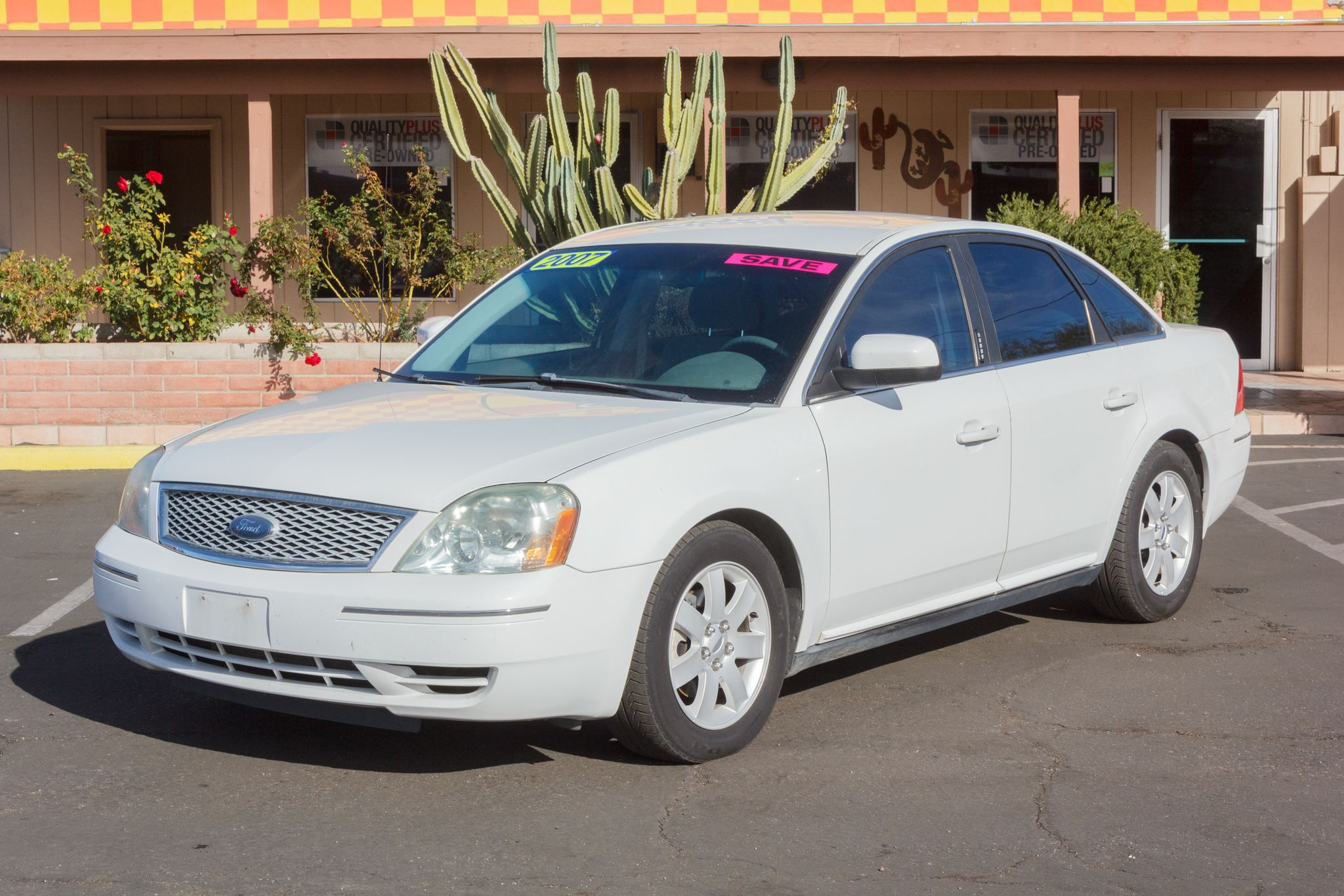 Photo of 2007 Ford Five Hundred 4d Sedan SEL Oxford White Clearcoat