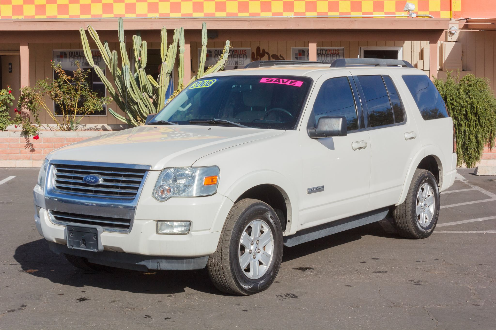 Photo of 2008 Ford Explorer 2WD 4d Wagon XLT V6 Oxford White Clearcoat