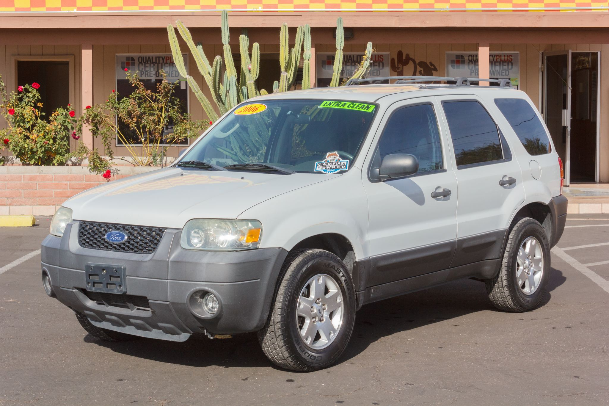 Photo of 2006 Ford Escape 4WD 4d Wagon XLT V6 Oxford White Clearcoat