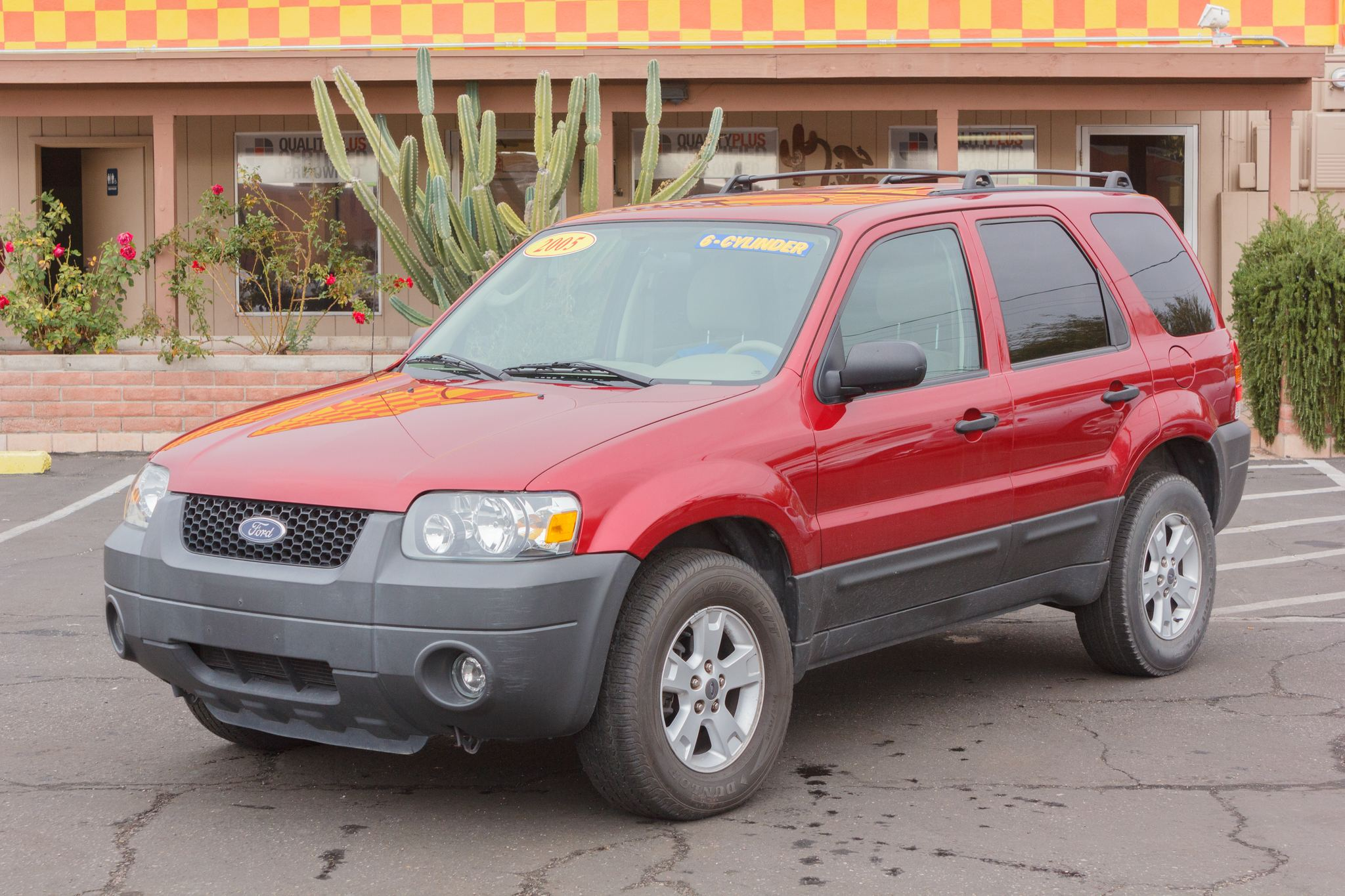Photo of 2005 Ford Escape FWD 4d Wagon XLT Redfire Clearcoat Metallic