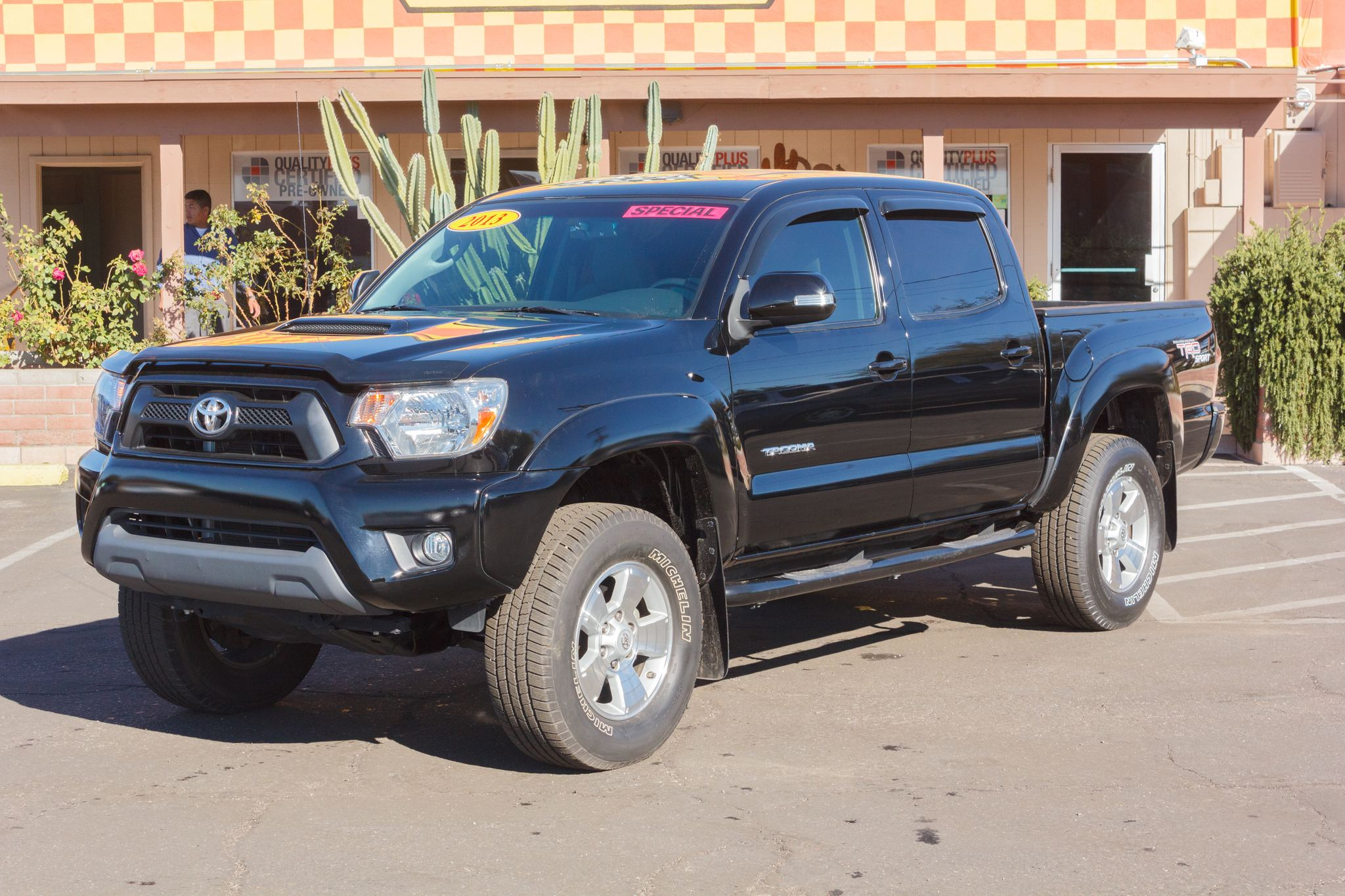 Photo of 2013 Toyota Tacoma 2WD Double Cab PreRunner V6 Short Bed Black