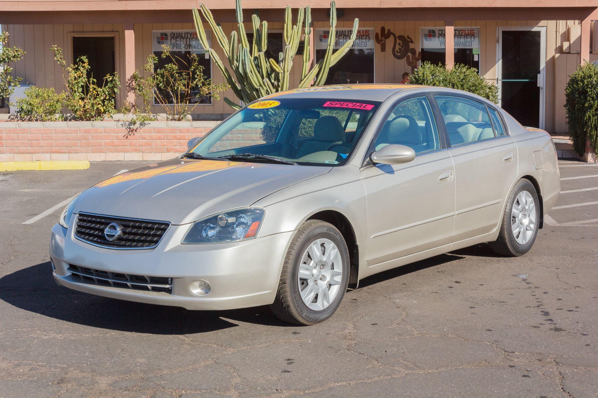 Photo of 2005 Nissan Altima 4d Sedan S Coral Sand Metallic