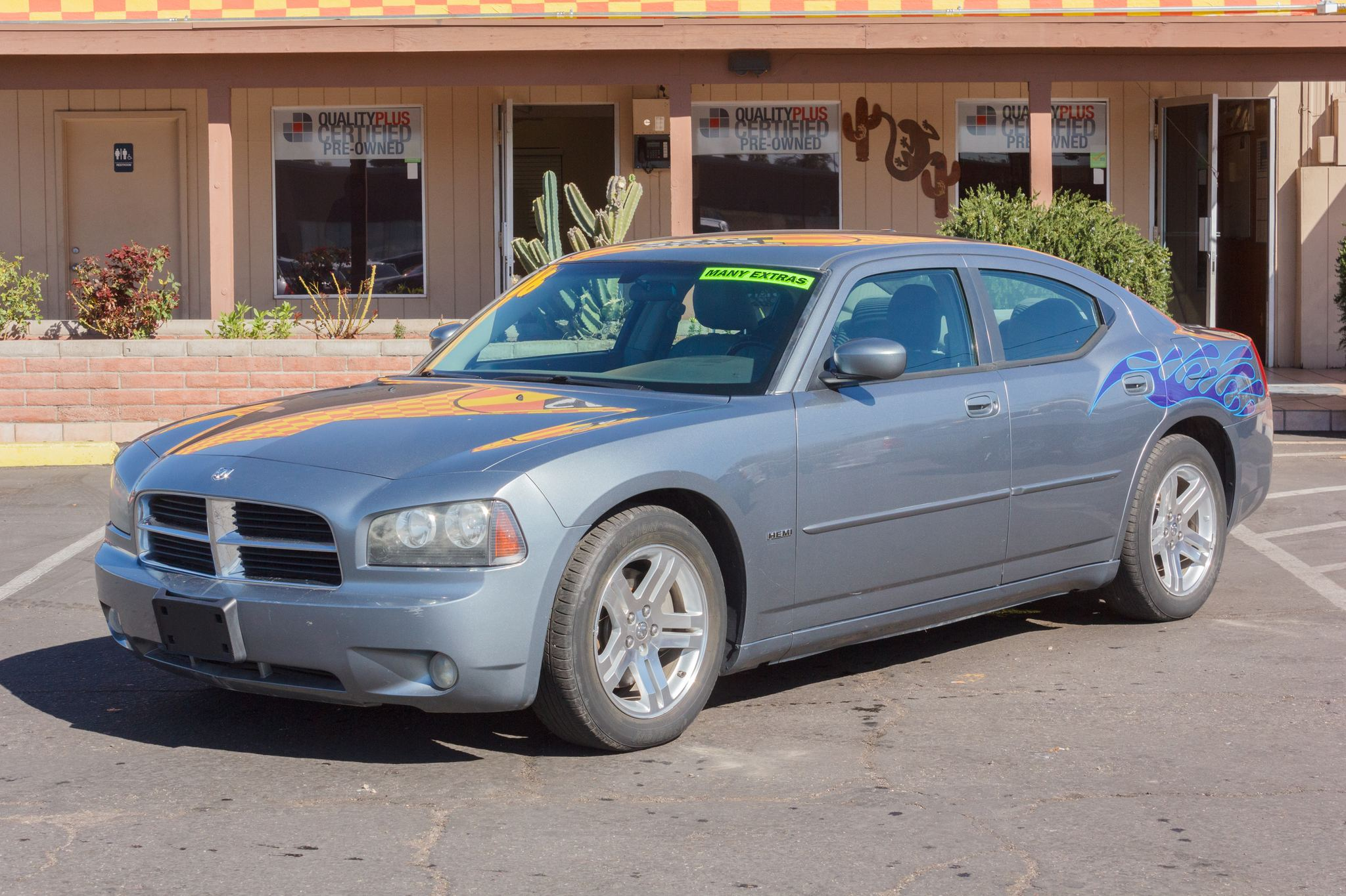 Photo of 2006 Dodge Charger 4d Sedan R/T Bright Silver Metallic Clearcoat
