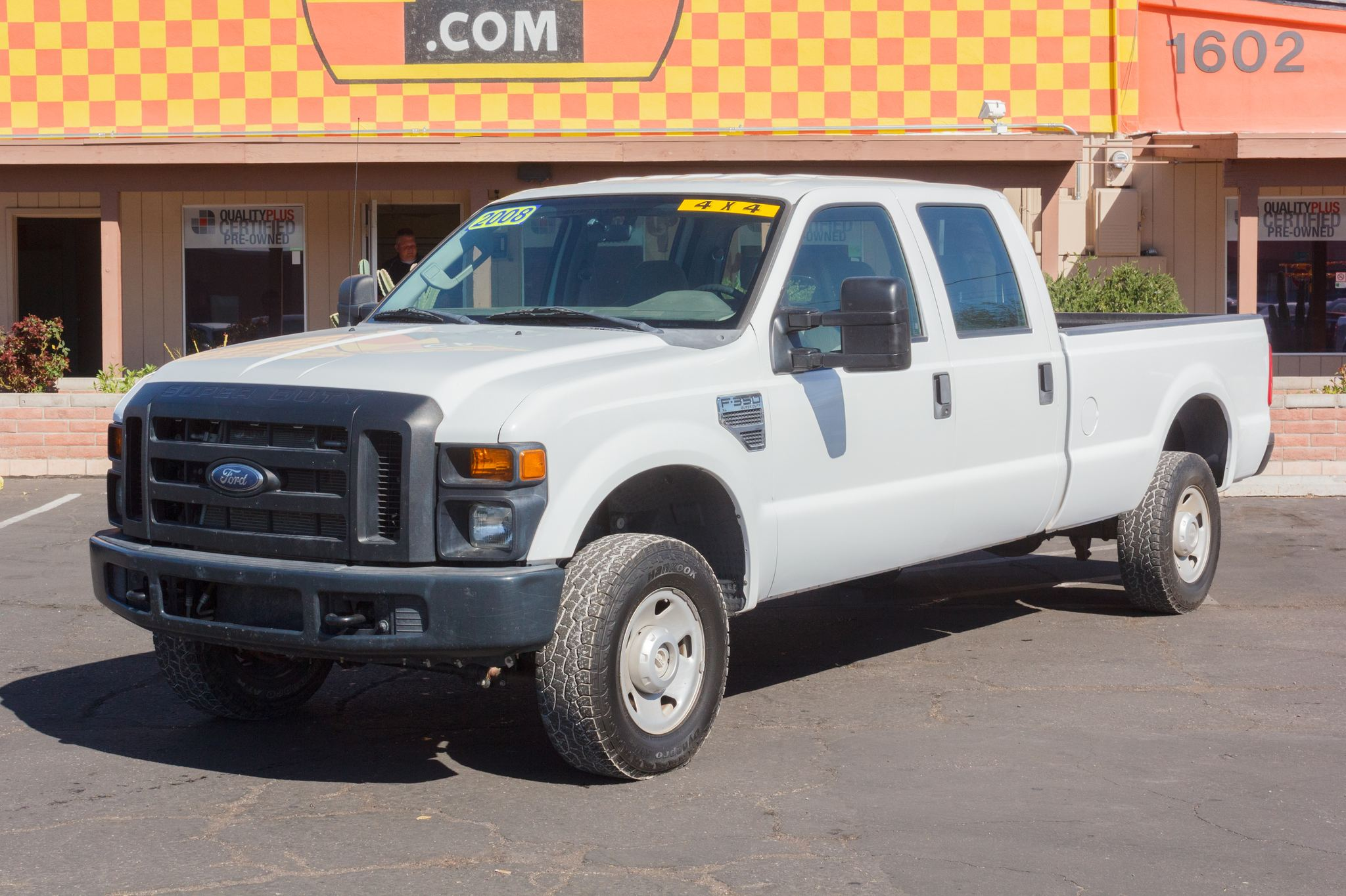 Photo of 2008 Ford F350 4WD Crew Cab XL SRW Longbed Oxford White Clearcoat