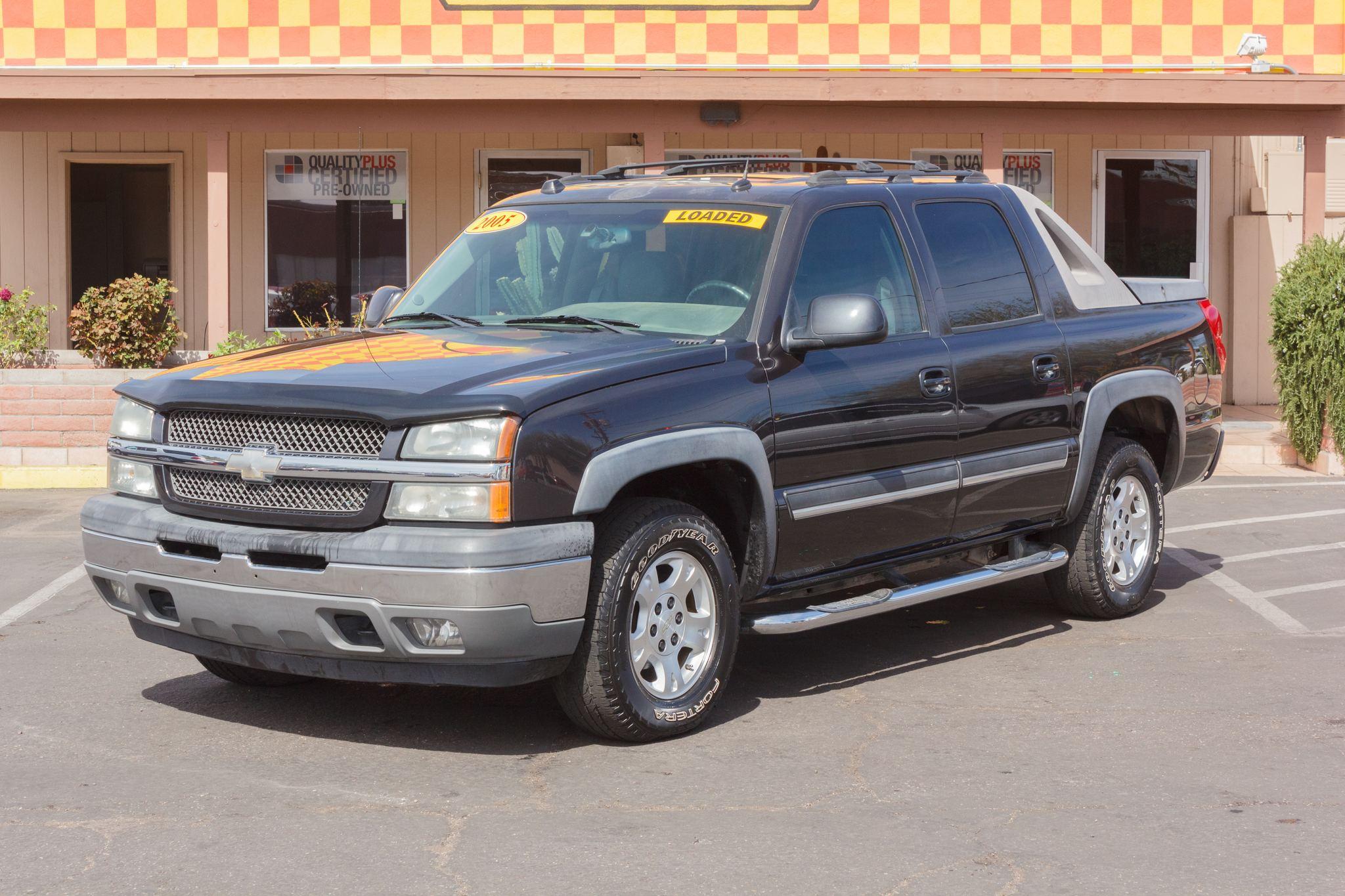 Photo of 2005 Chevrolet Avalanche 2WD 1500 Wagon LT Black