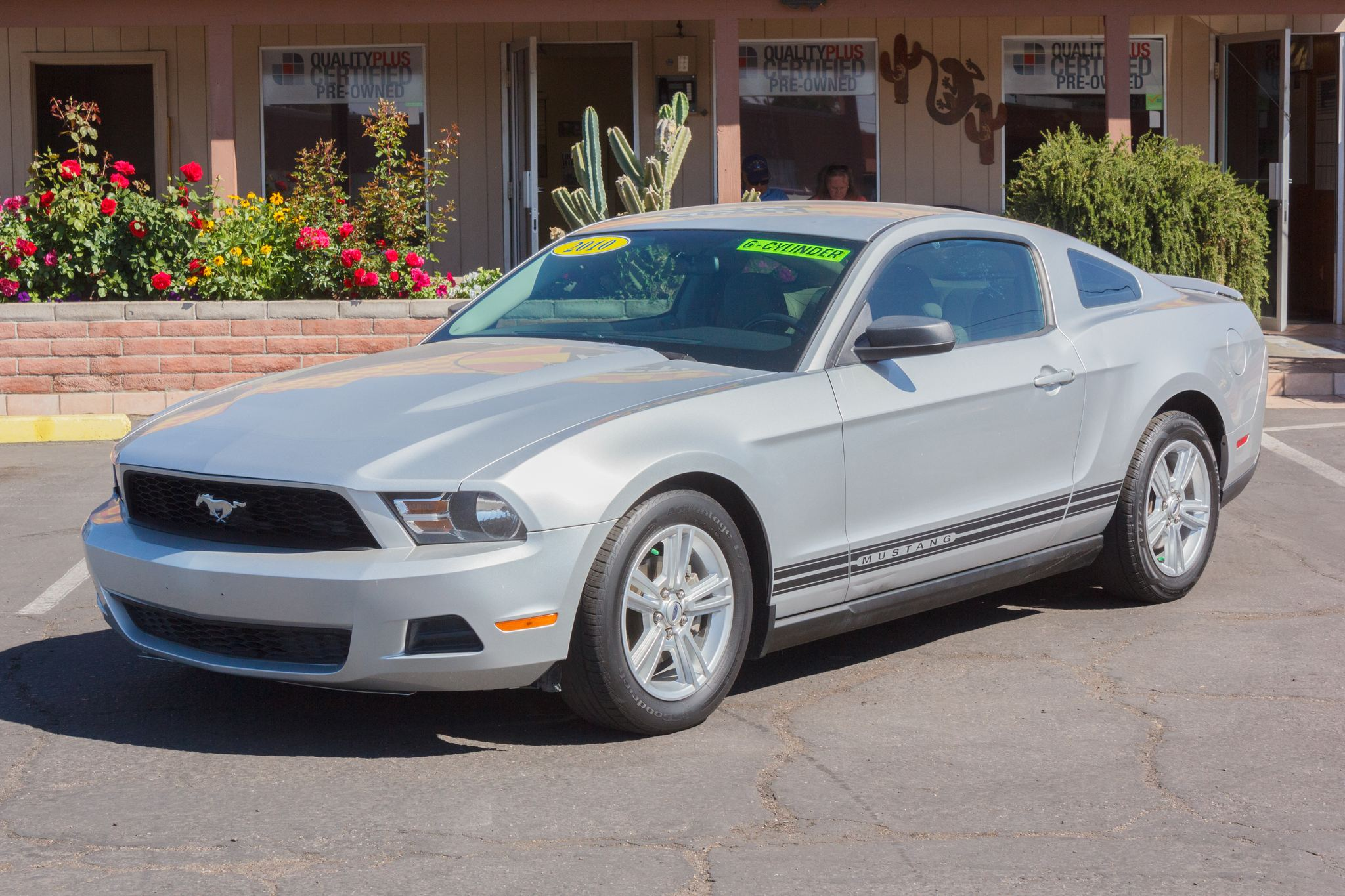 Photo of 2010 Ford Mustang 2d Coupe Brilliant Silver Metallic
