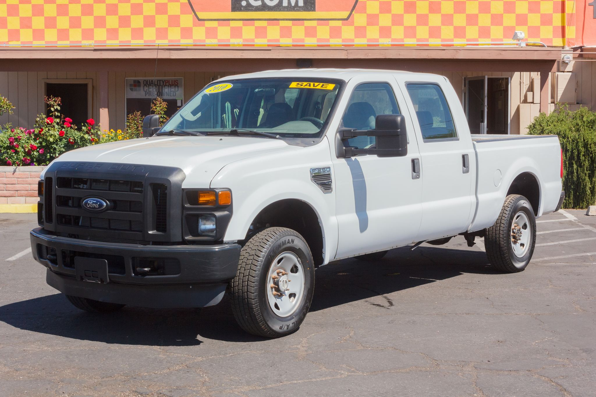 Photo of 2010 Ford F250 4WD Crew Cab XL Oxford White