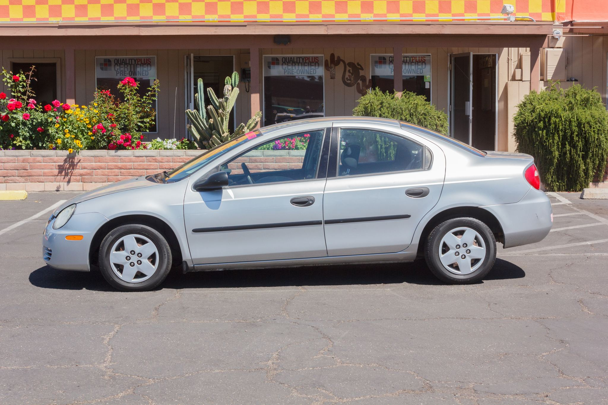 Photo of 2003 Dodge Neon 4d Sedan SE Bright Silver Metallic Clearcoat