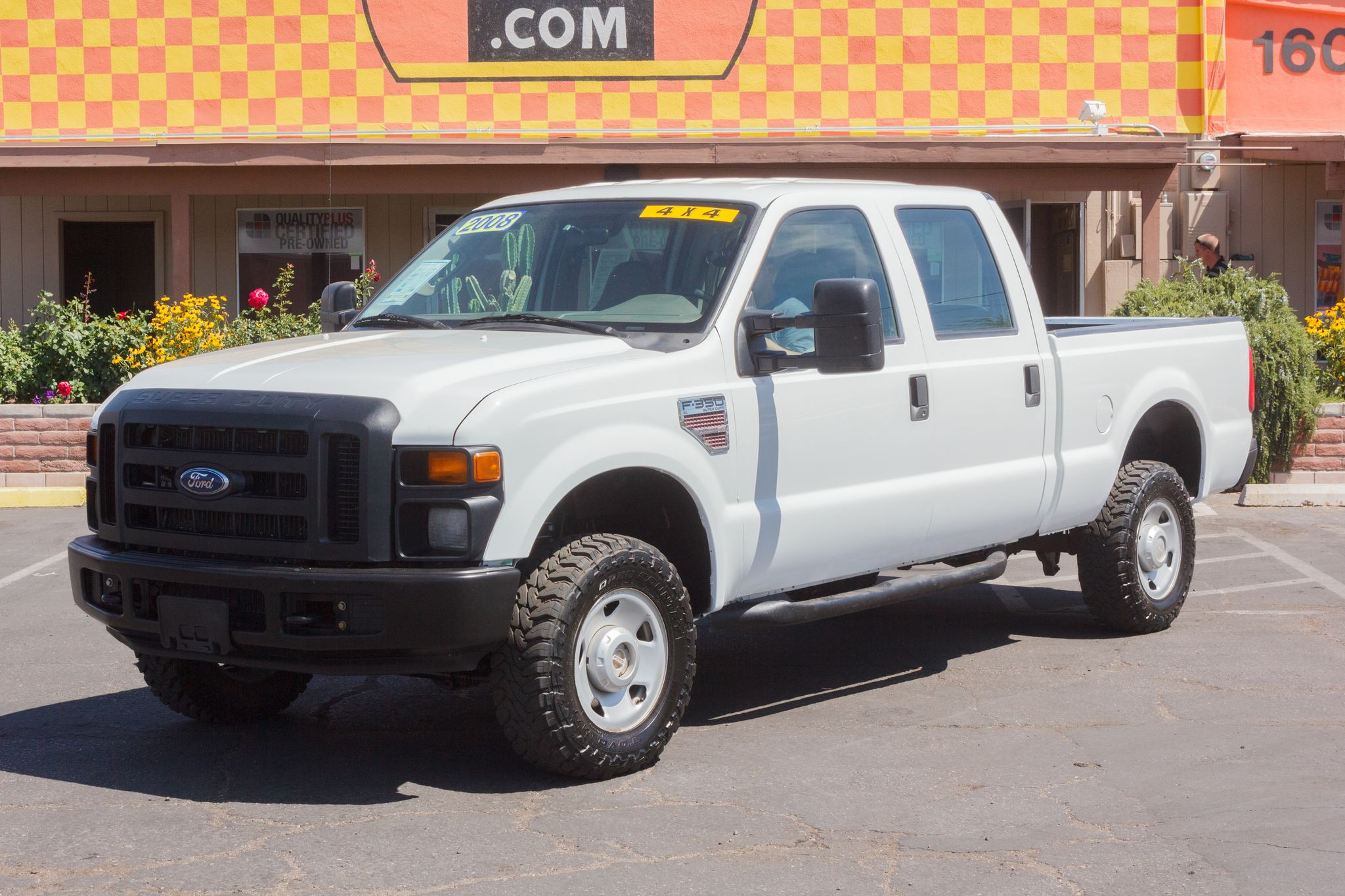 Photo of 2008 Ford F350 4WD Crew Cab XL SRW Oxford White Clearcoat