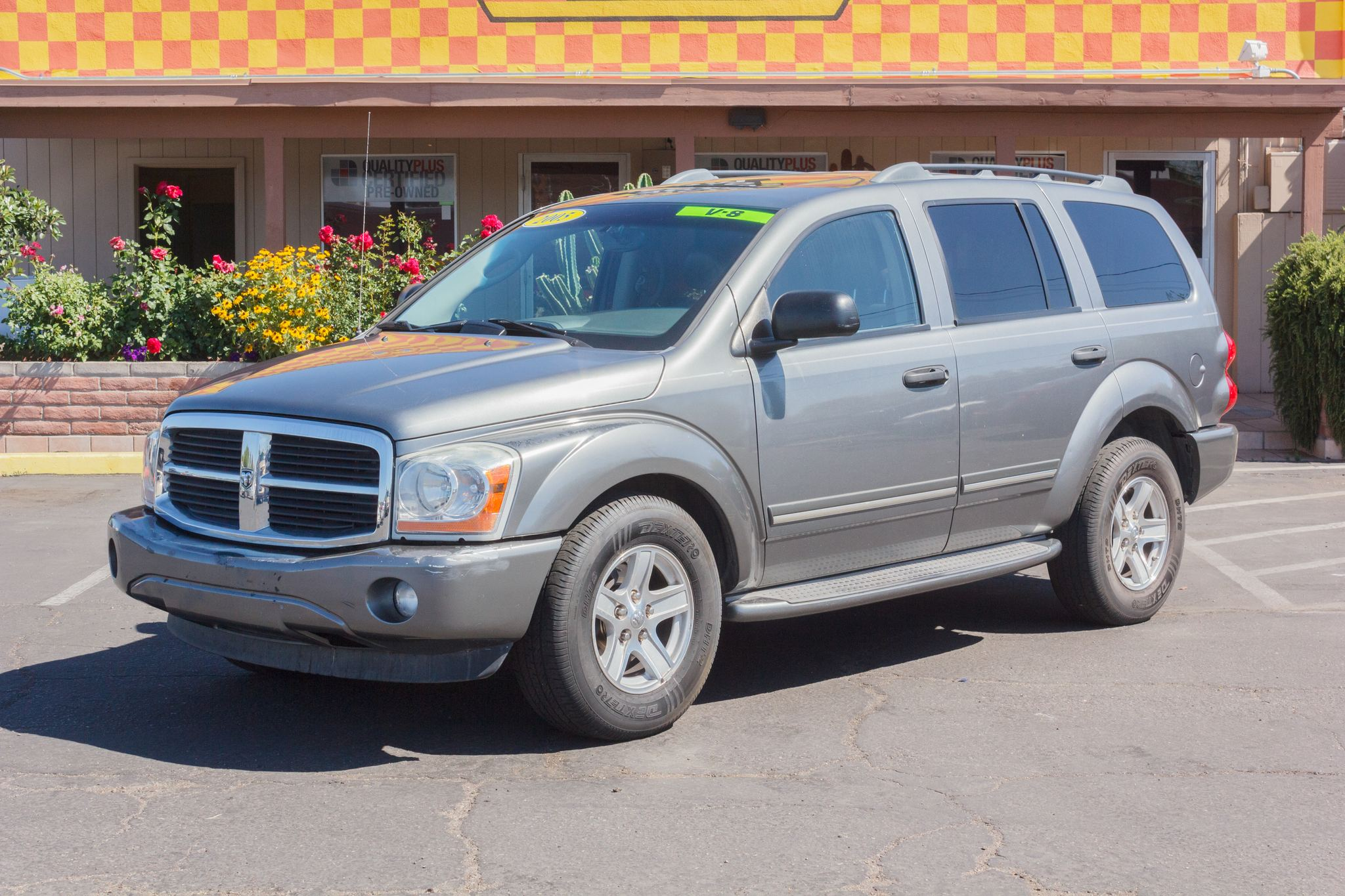 Photo of 2005 Dodge Durango 2WD 4d Wagon Limited Mineral Gray Metallic Clearcoat