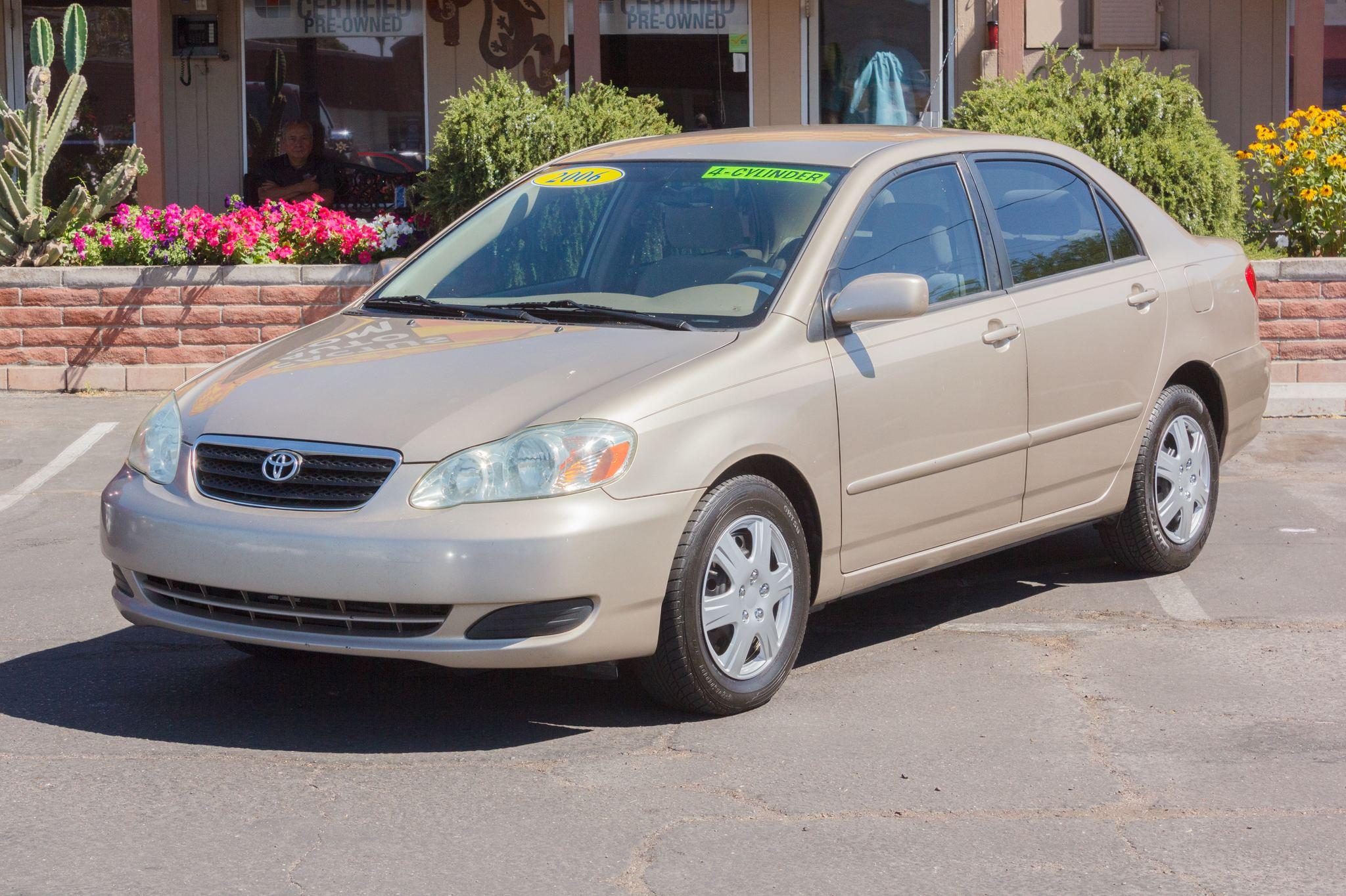 Photo of 2006 Toyota Corolla 4d Sedan LE Auto Desert Sand Mica