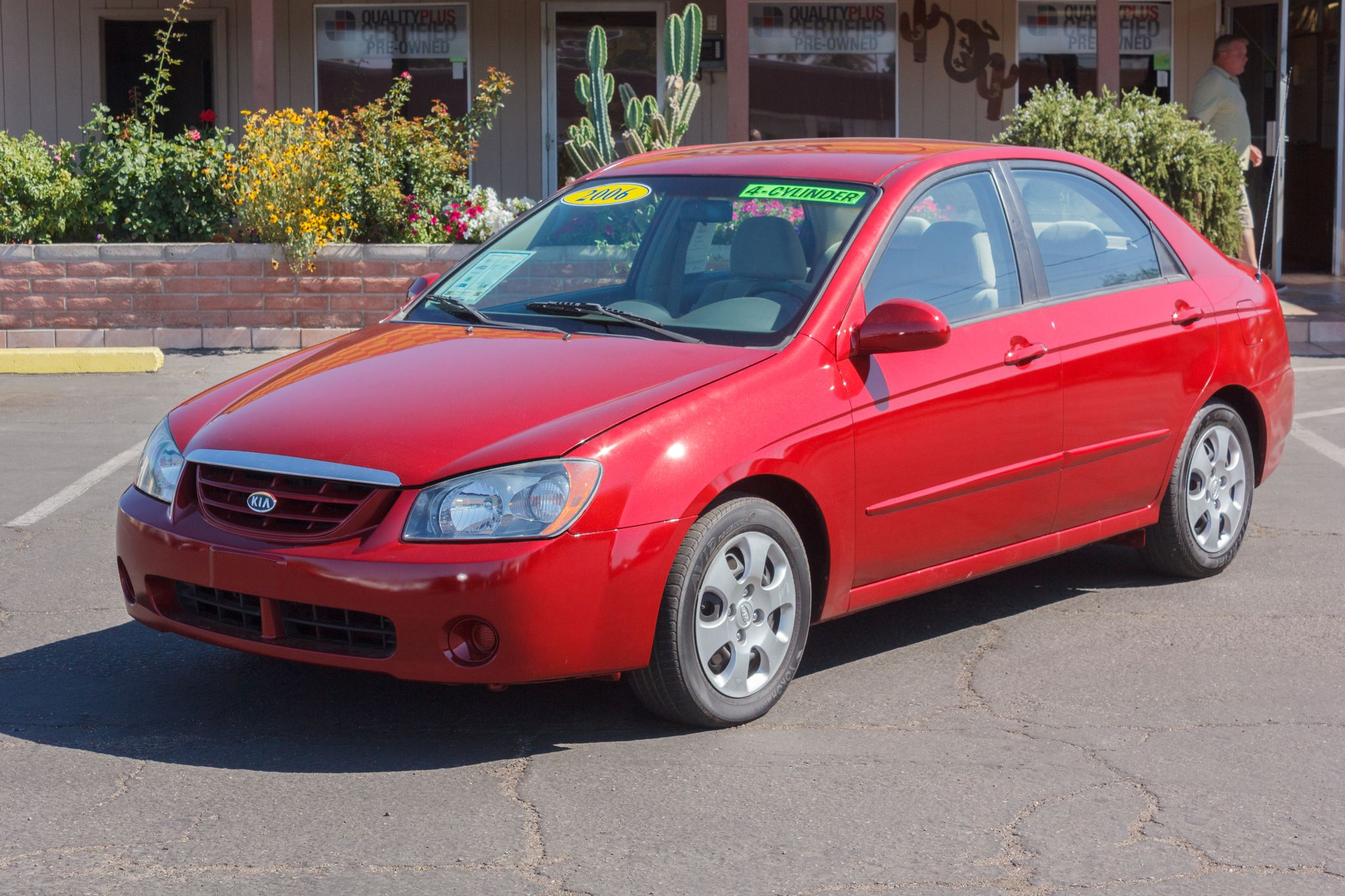 Photo of 2006 Kia Spectra 4d Sedan EX Auto Radiant Red