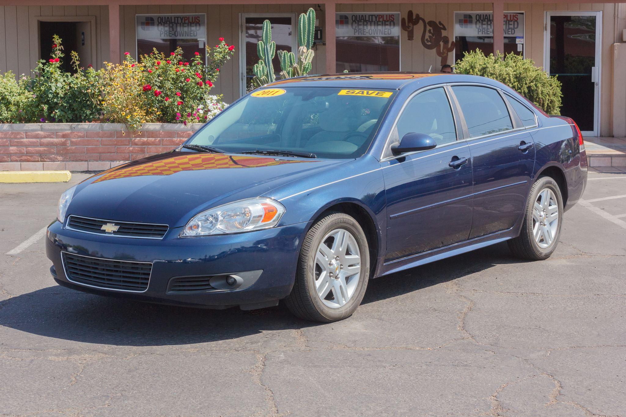 Photo of 2011 Chevrolet Impala 4d Sedan LT Imperial Blue Metallic