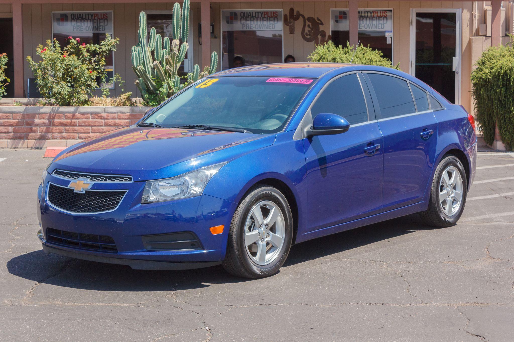 Photo of 2013 Chevrolet Cruze 4d Sedan LT w/1FL Blue Topaz Metallic