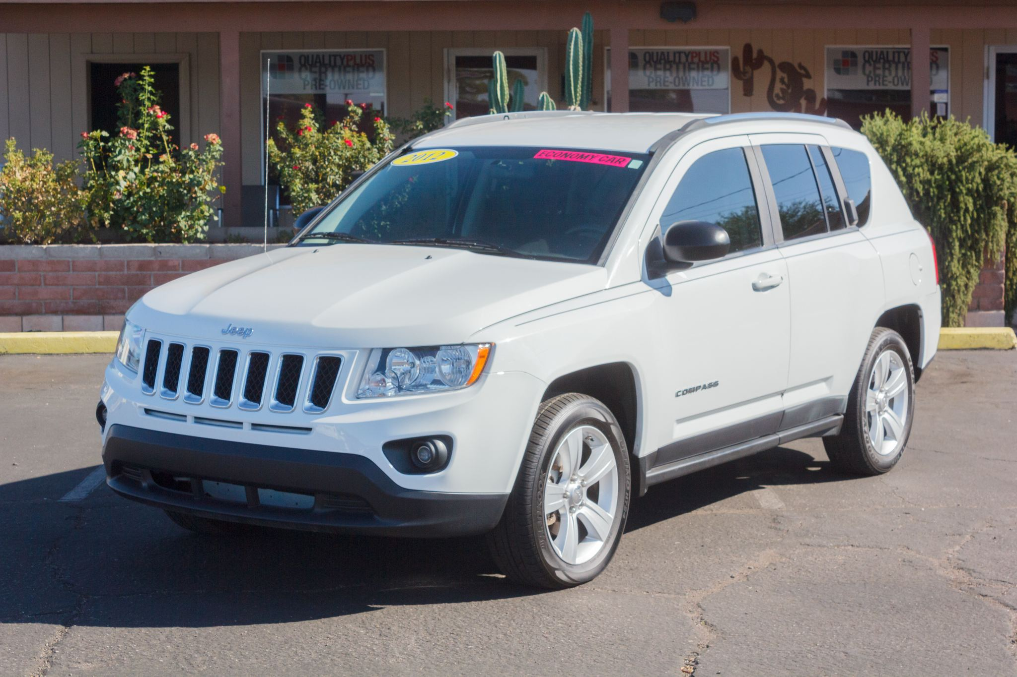 Photo of 2012 Jeep Compass FWD 4d Wagon Sport Bright White Clearcoat