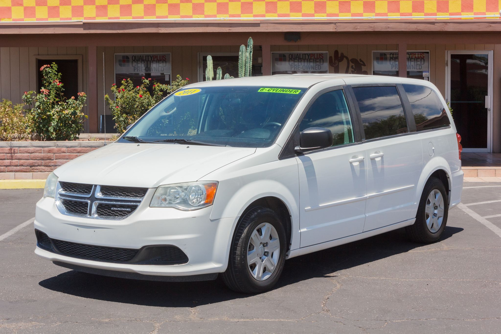 Photo of 2011 Dodge Grand Caravan 4d Wagon Express Stone White Clearcoat