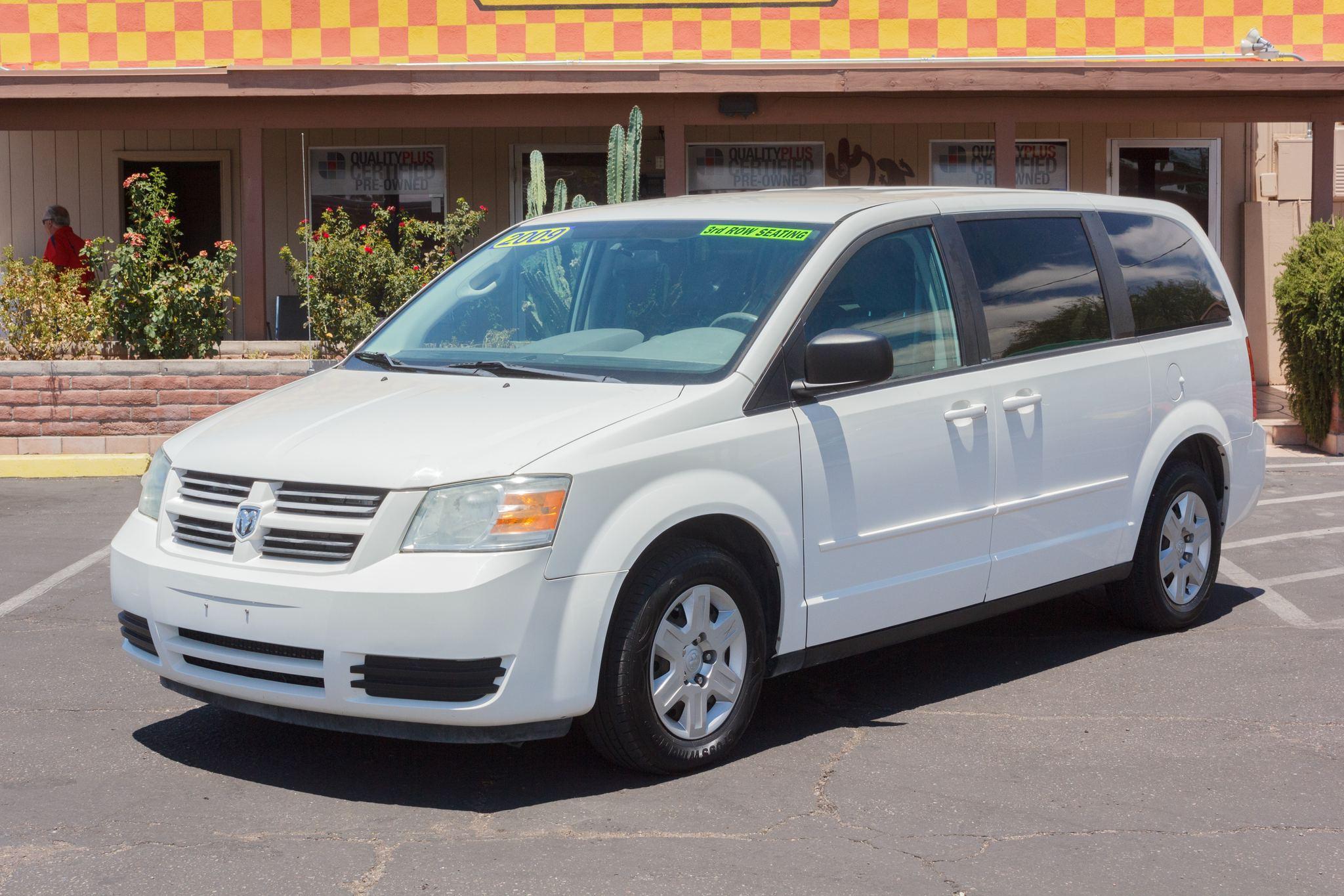 Photo of 2009 Dodge Grand Caravan 4d Wagon SE Stone White Clearcoat