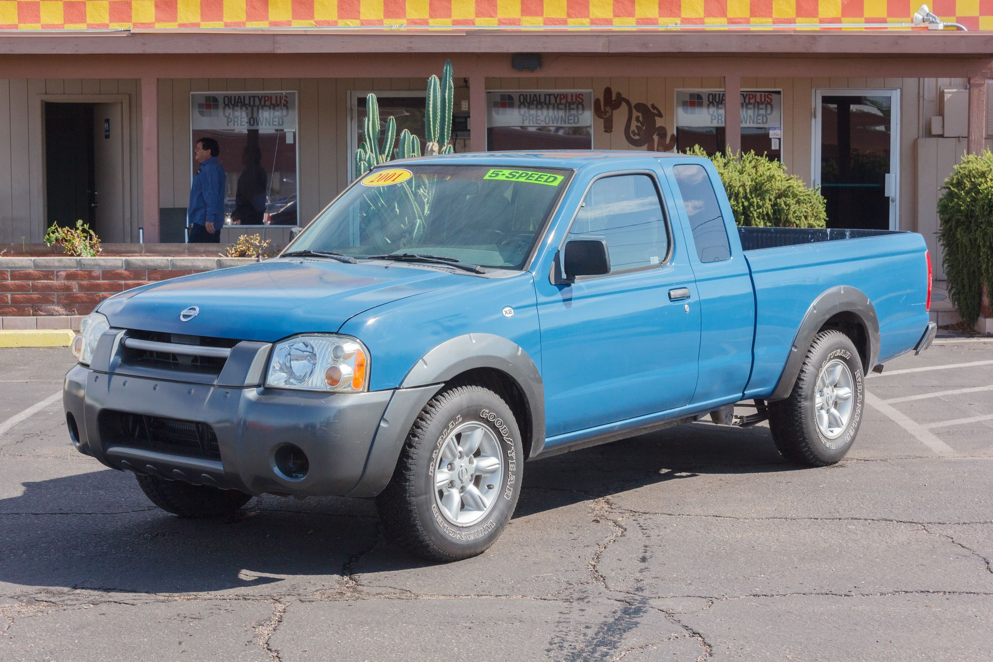 Photo of 2001 Nissan Frontier 2WD King Cab XE