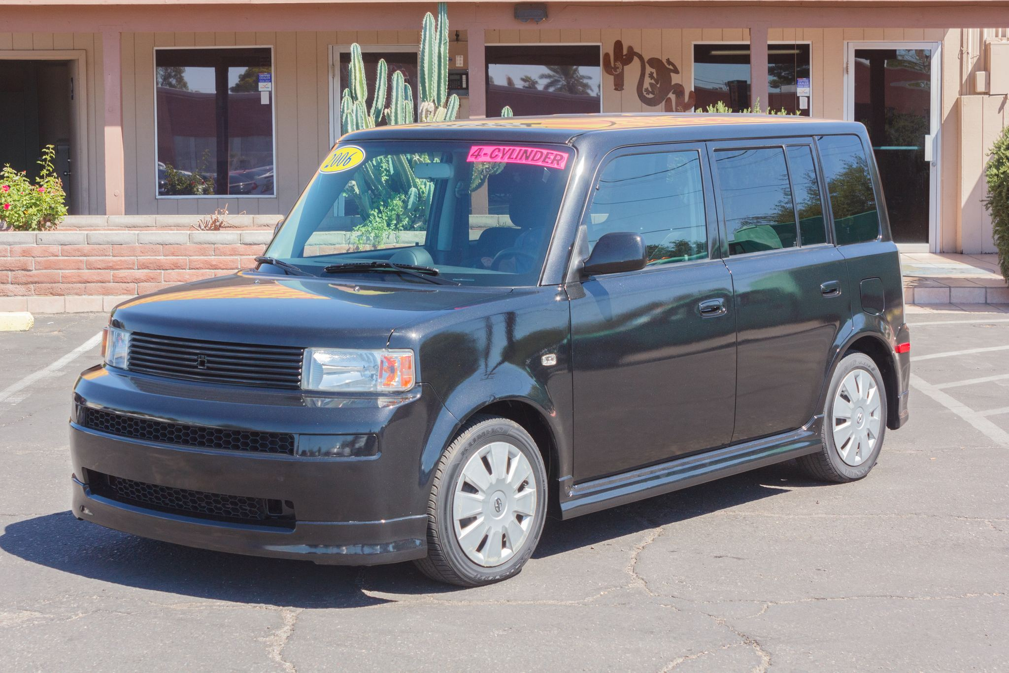 Photo of 2006 Scion xB 5d Wagon Auto