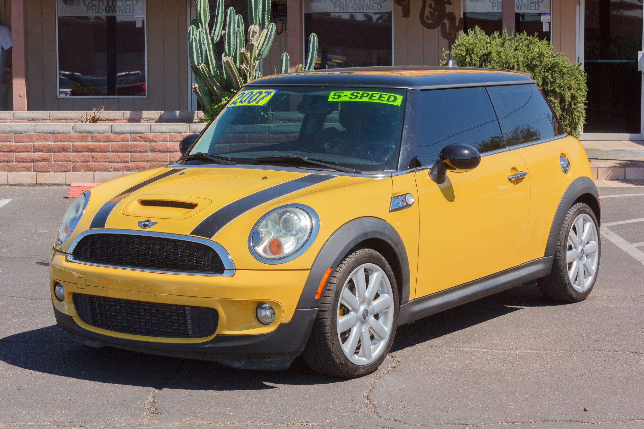 Photo of 2007 Mini Cooper Hardtop 2d Coupe S