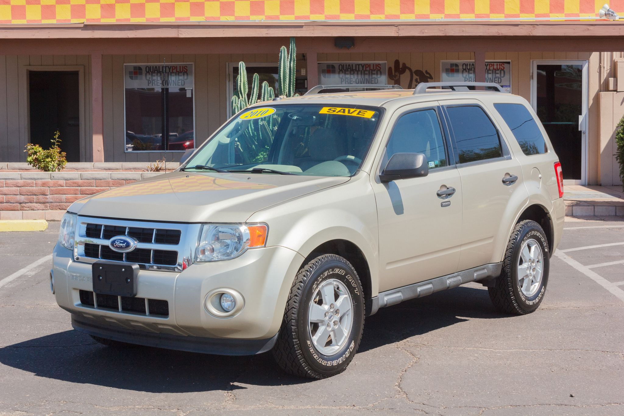 Photo of 2010 Ford Escape FWD 4d Wagon XLT