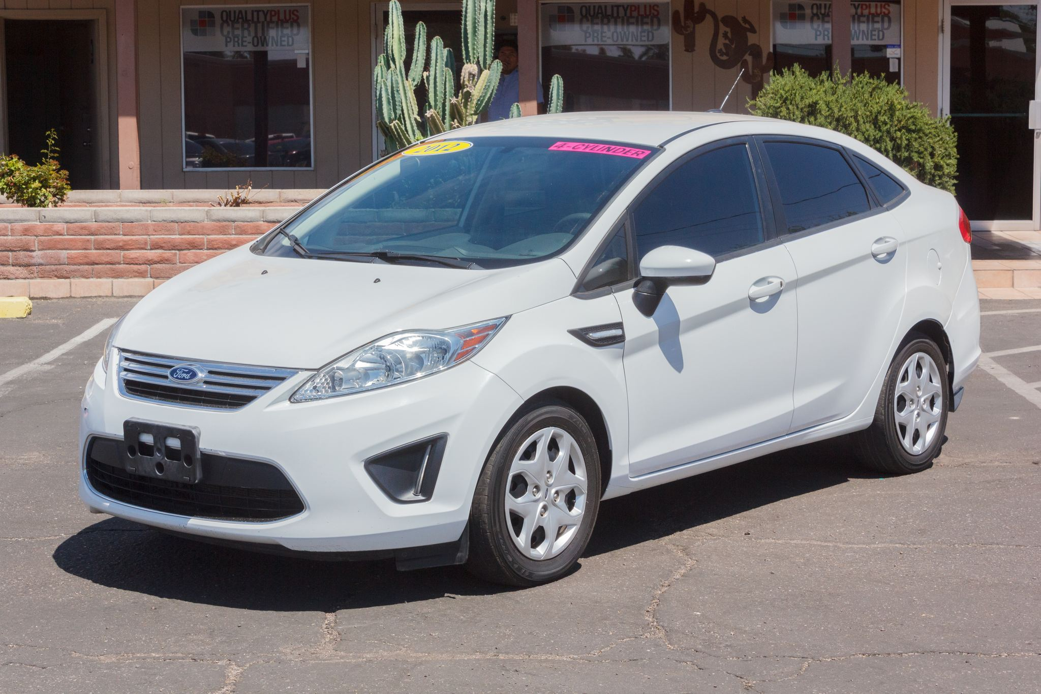 Photo of 2012 Ford Fiesta 4d Sedan SE