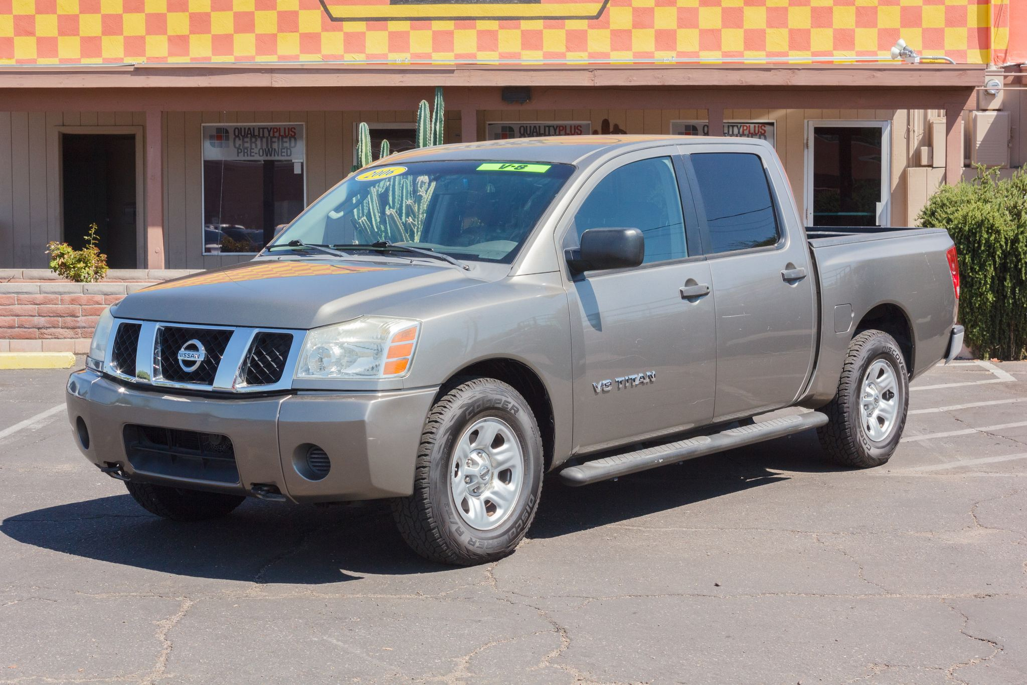 Photo of 2006 Nissan Titan 2WD Crew Cab XE