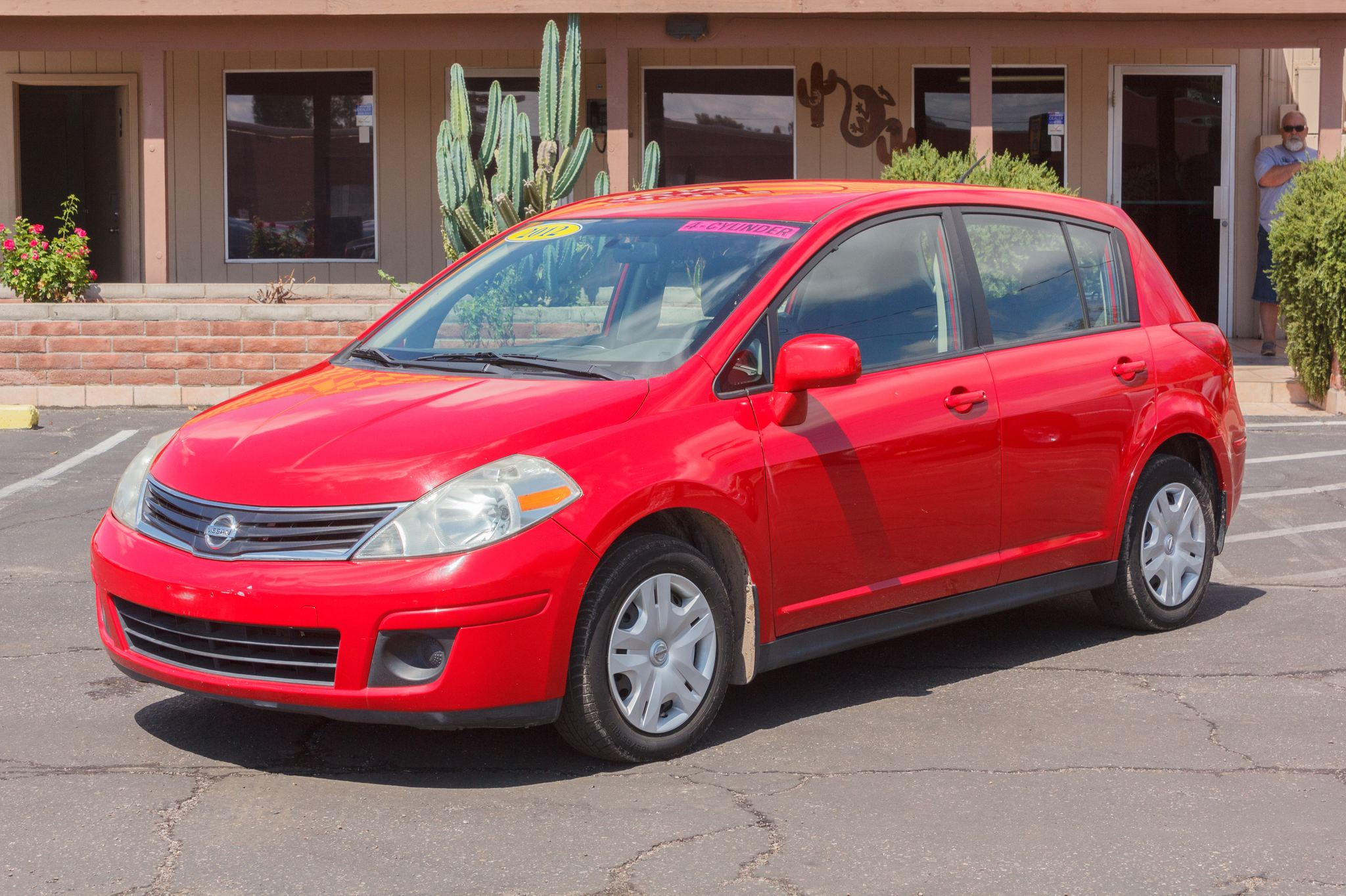 Photo of 2012 Nissan Versa 4d Hatchback S Auto