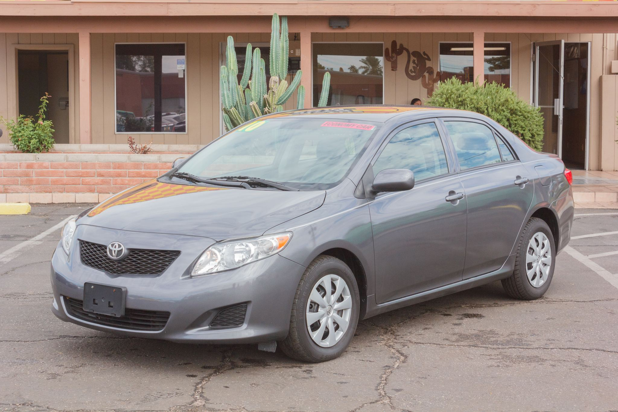 Photo of 2010 Toyota Corolla 4d Sedan LE
