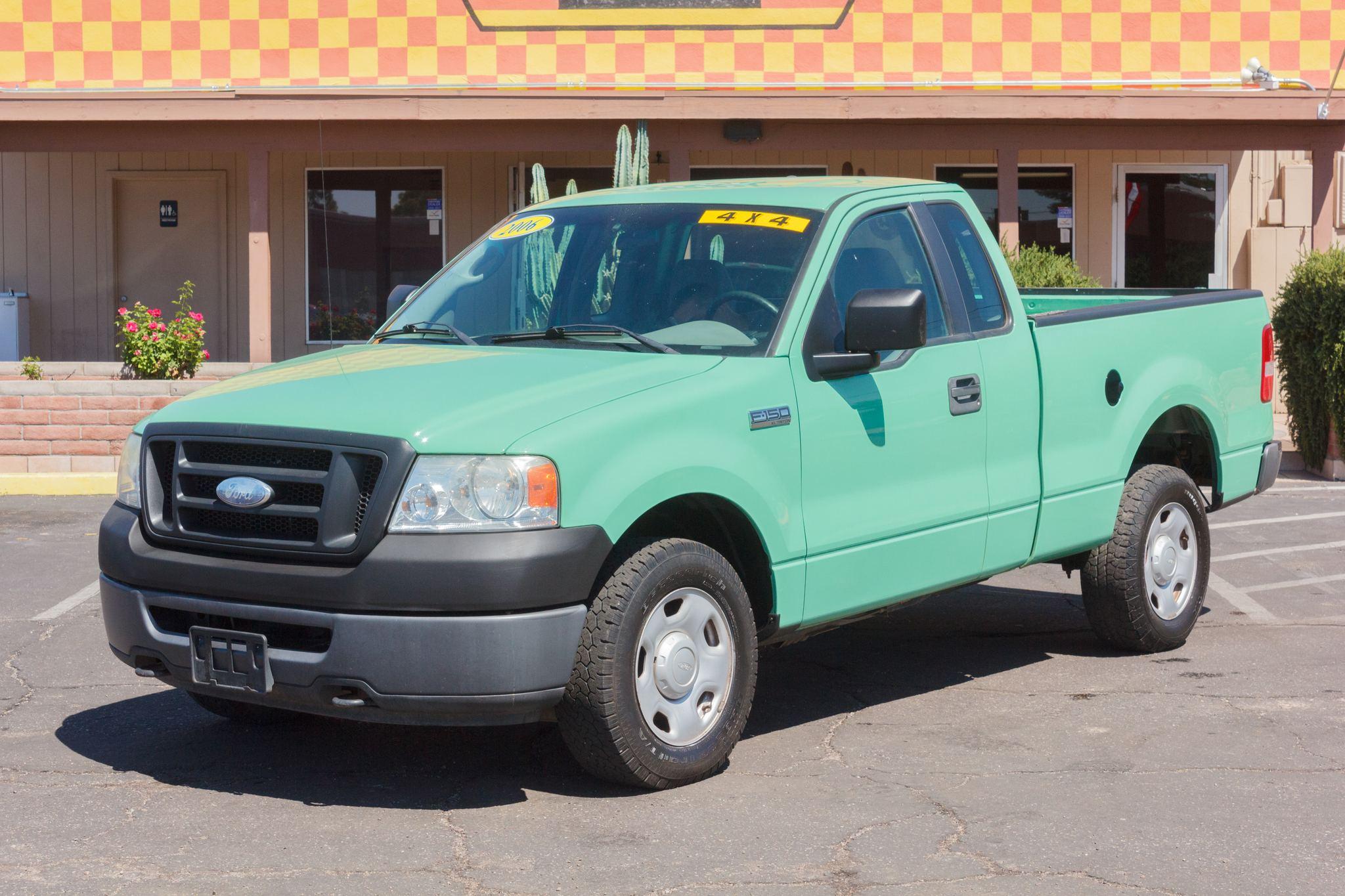 Photo of 2006 Ford F150 4WD Reg Cab XL