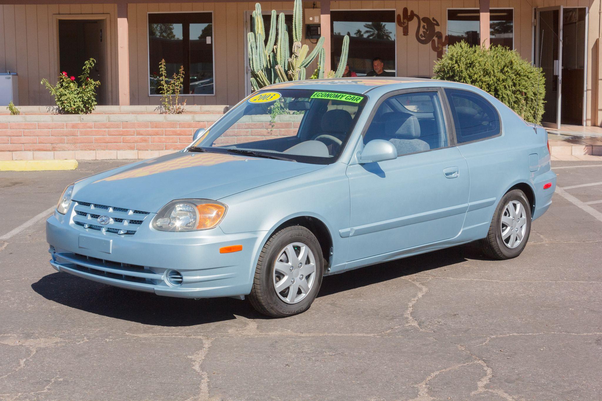 Photo of 2003 Hyundai Accent 2d Hatchback GL