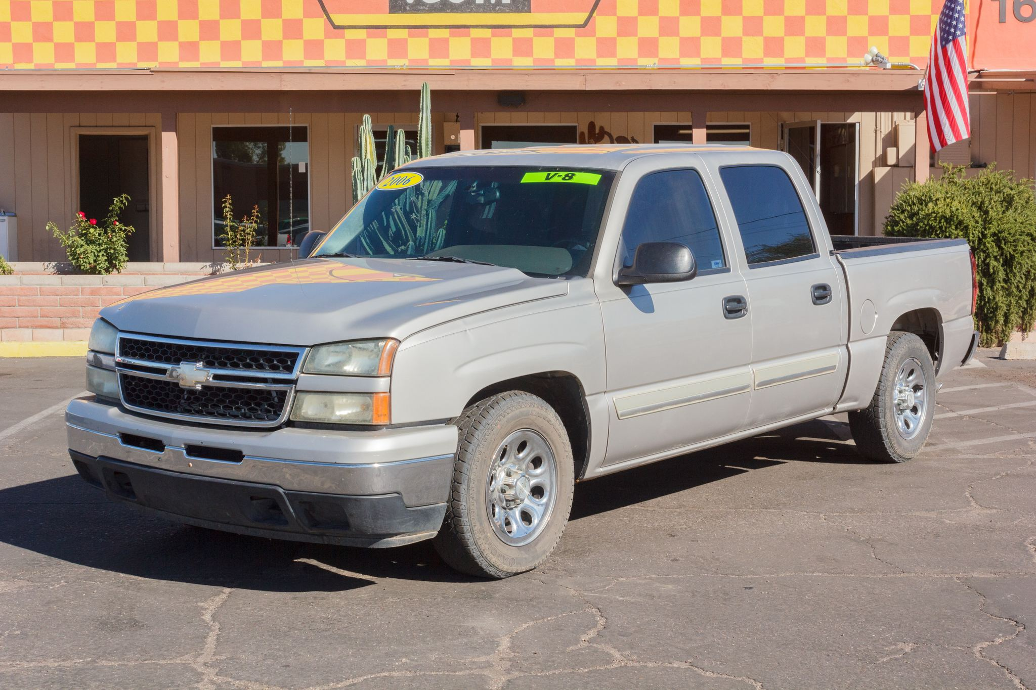 Photo of 2006 Chevrolet Silverado 1500 2WD Crew Cab LS