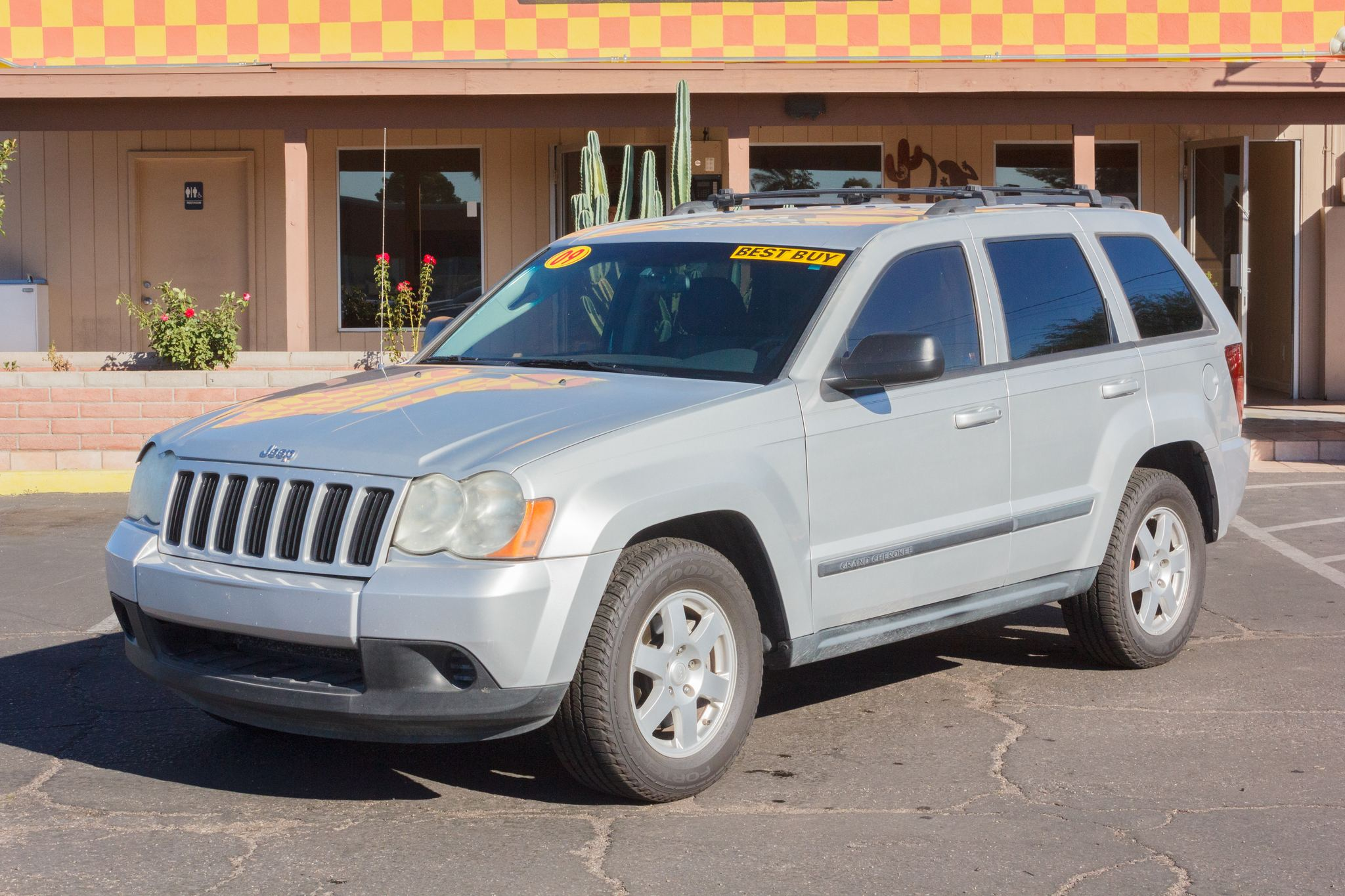Photo of 2009 Jeep Grand Cherokee 2WD 4d Wagon Laredo (V6)