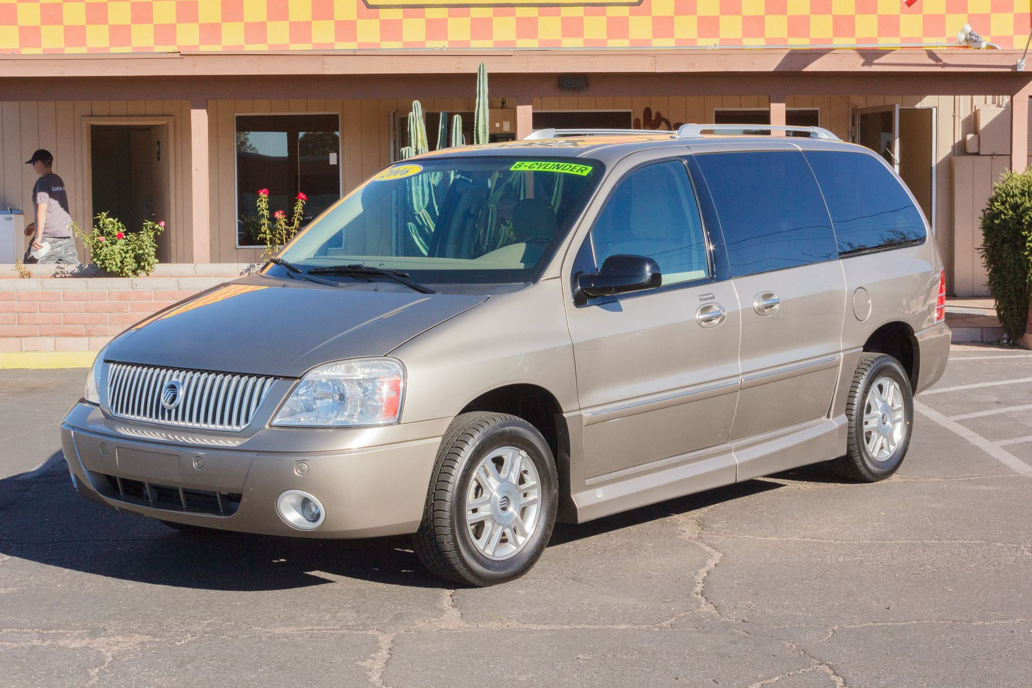 Photo of 2006 Mercury Monterey 4d Wagon Luxury