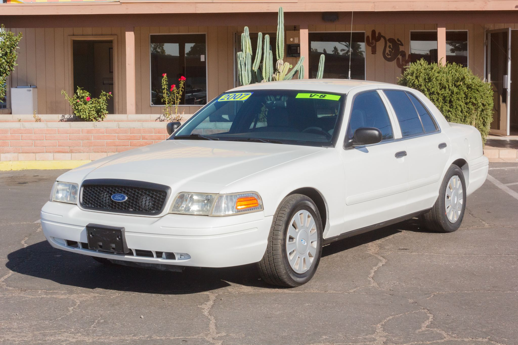 Photo of 2007 Ford Crown Victoria 4d Sedan Police