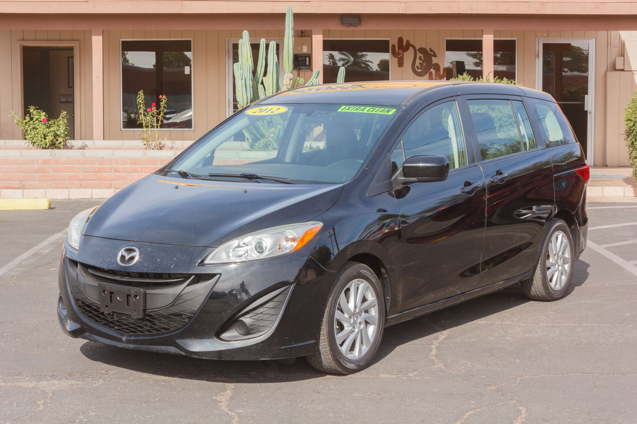 Photo of 2012 Mazda Mazda5 5d Wagon Sport Auto