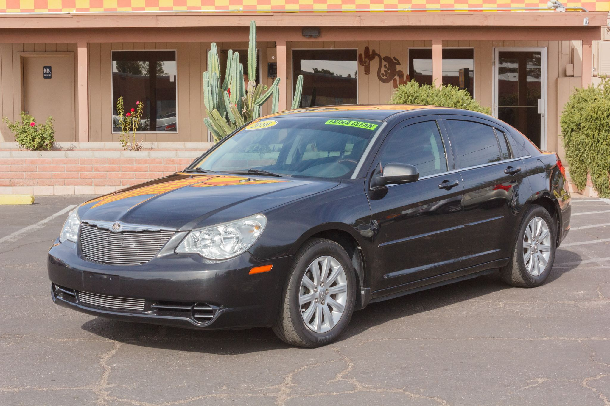 Photo of 2010 Chrysler Sebring 4d Sedan Limited 2.7L
