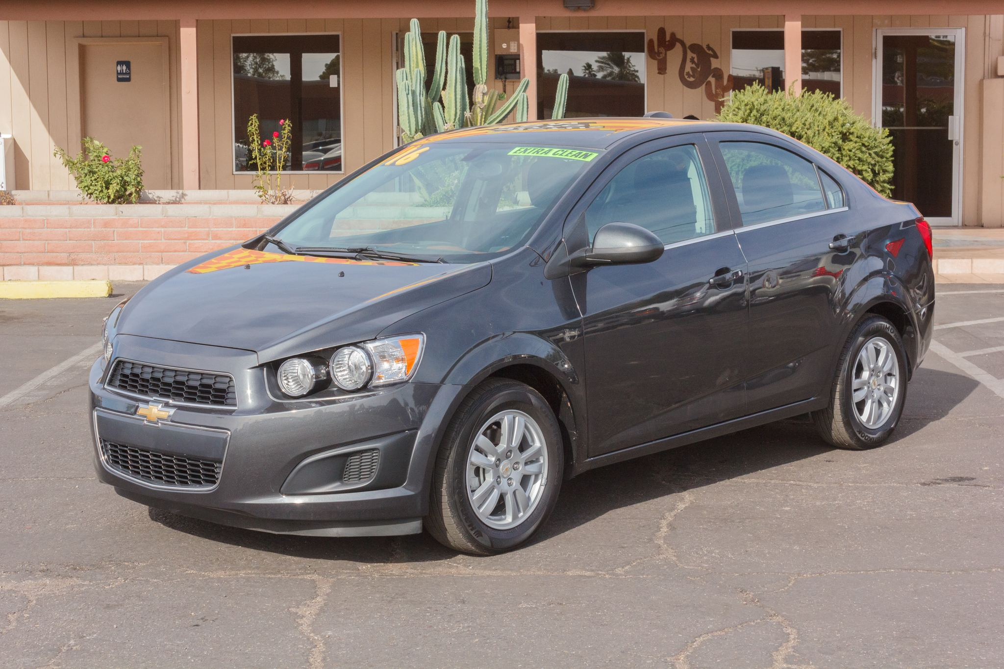 Photo of 2016 Chevrolet Sonic 4d Sedan LT AT