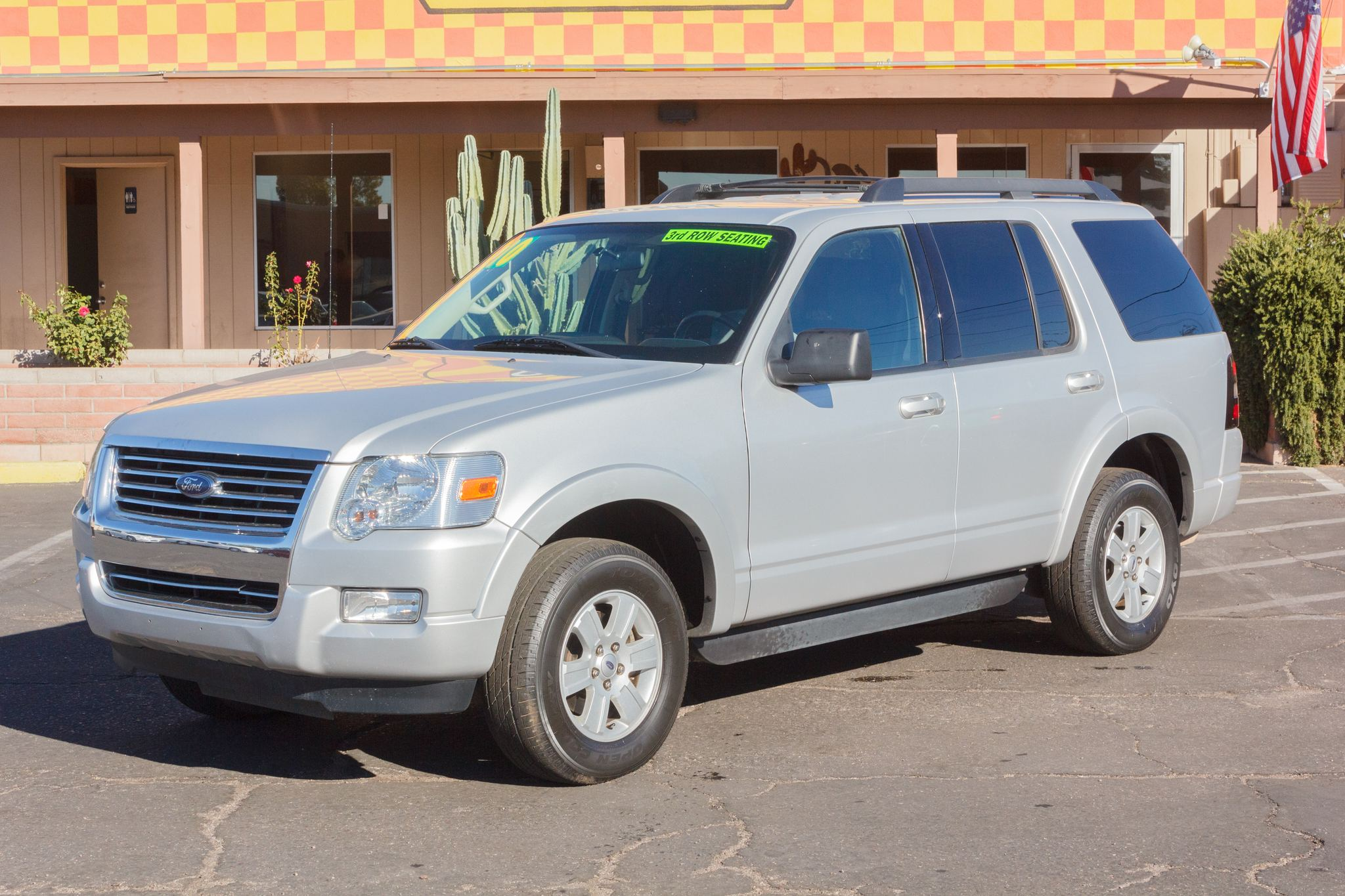 Photo of 2010 Ford Explorer 4WD 4d Wagon XLT
