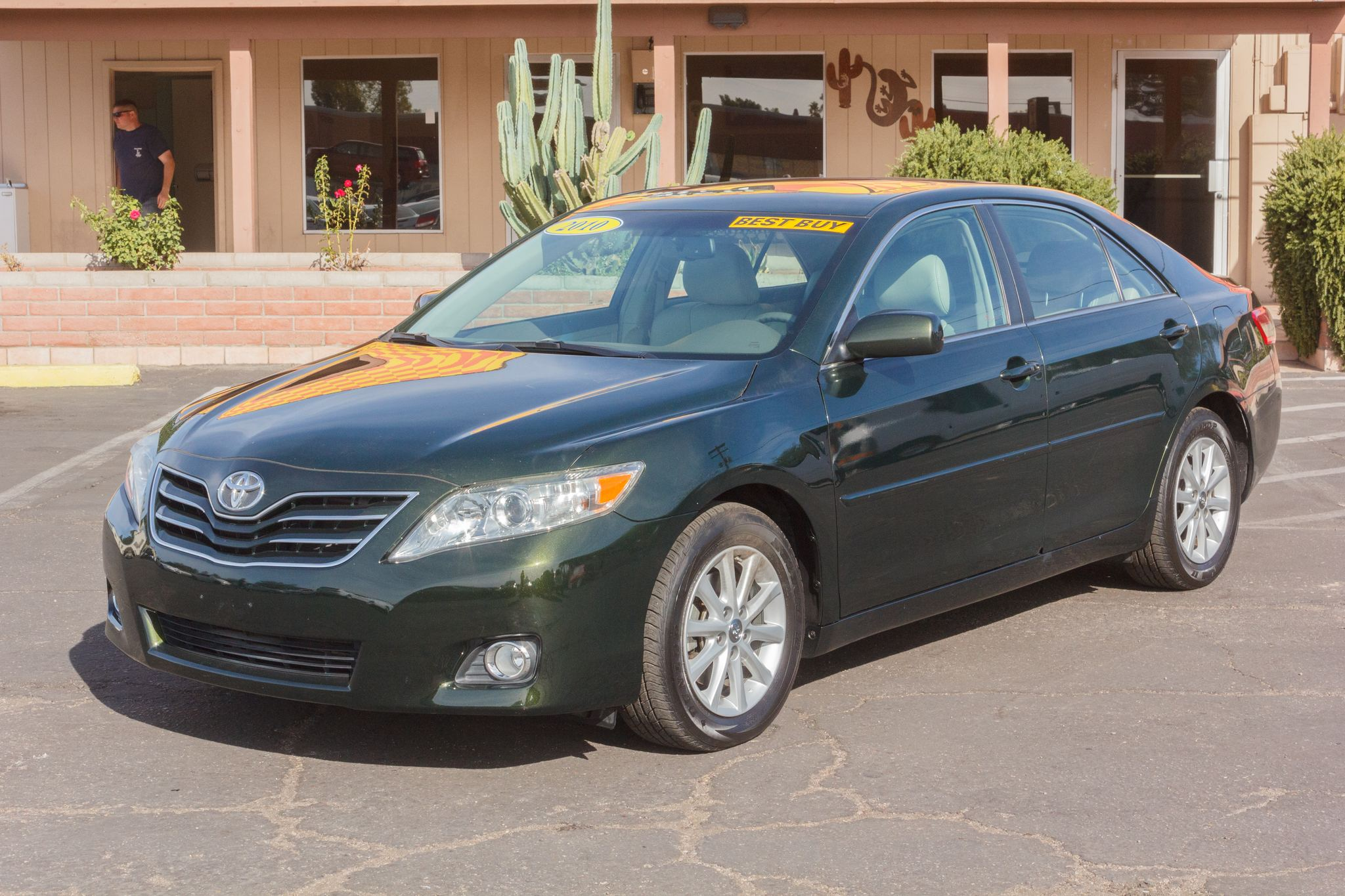 Photo of 2010 Toyota Camry 4d Sedan XLE V6
