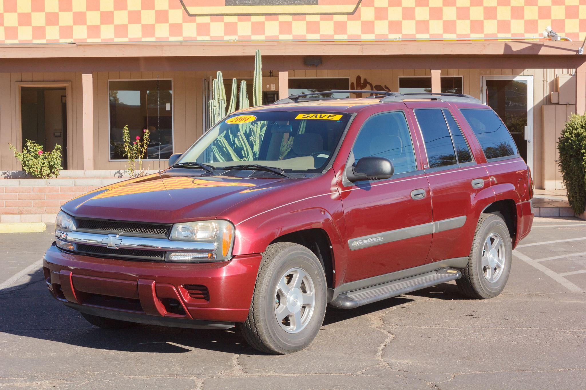 Photo of 2004 Chevrolet Trailblazer 4WD 4d Wagon LS