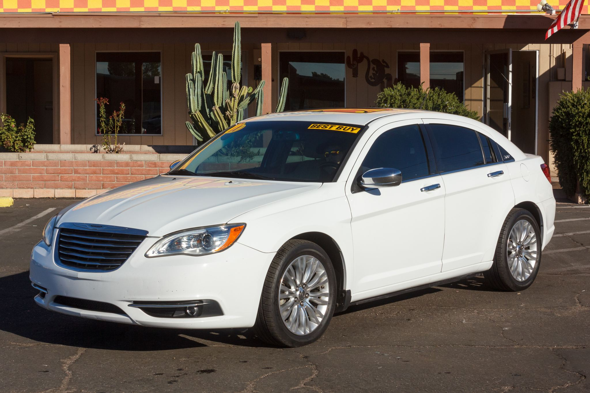 Photo of 2011 Chrysler 200 4d Sedan Limited