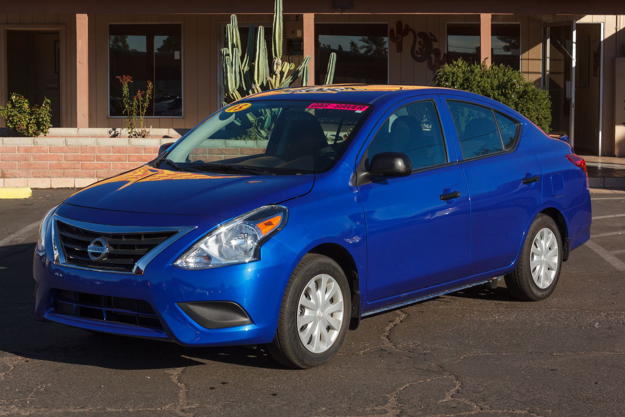Photo of 2015 Nissan Versa 4d Sedan S Auto