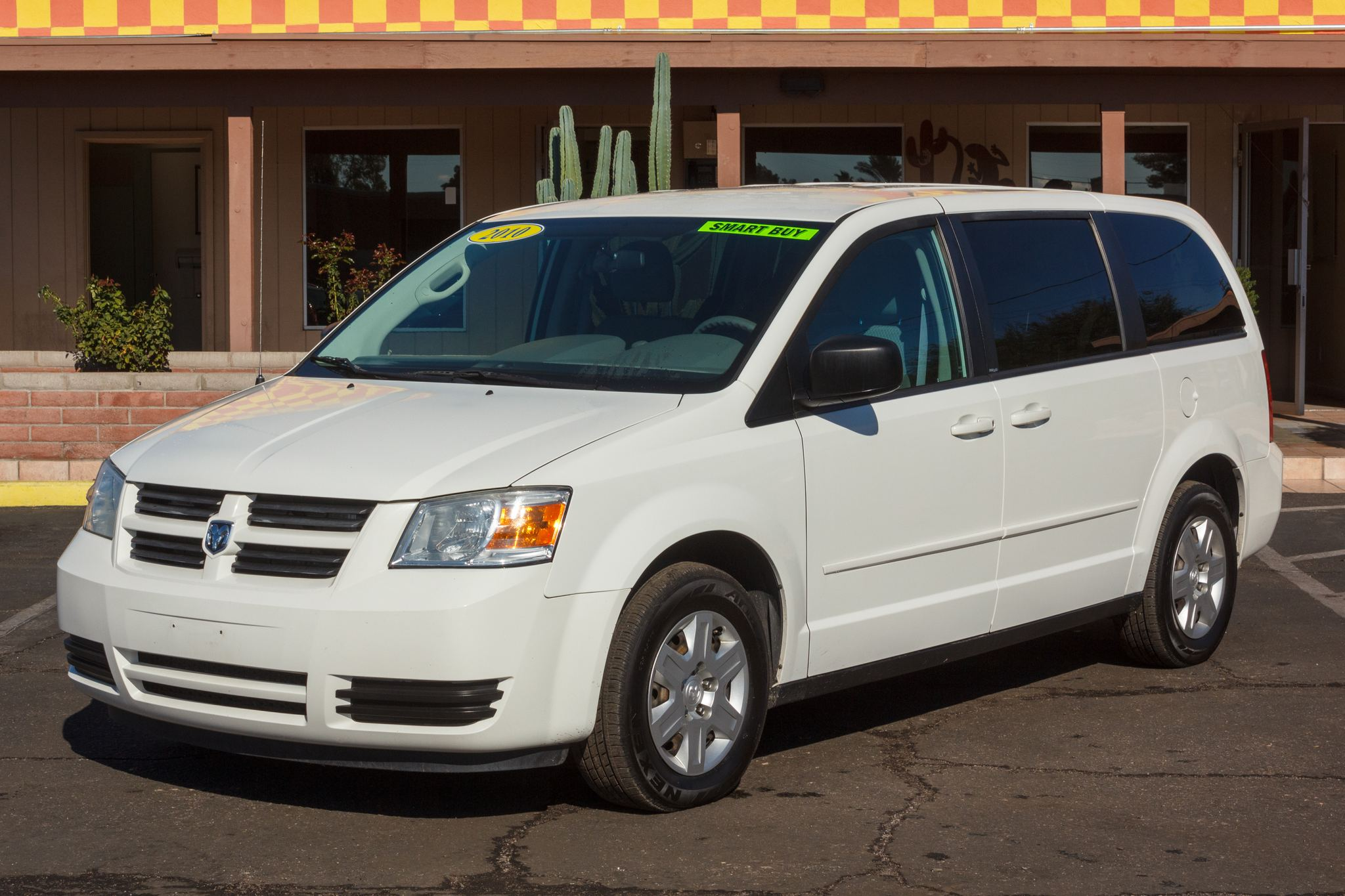 Photo of 2010 Dodge Grand Caravan 4d Wagon SE